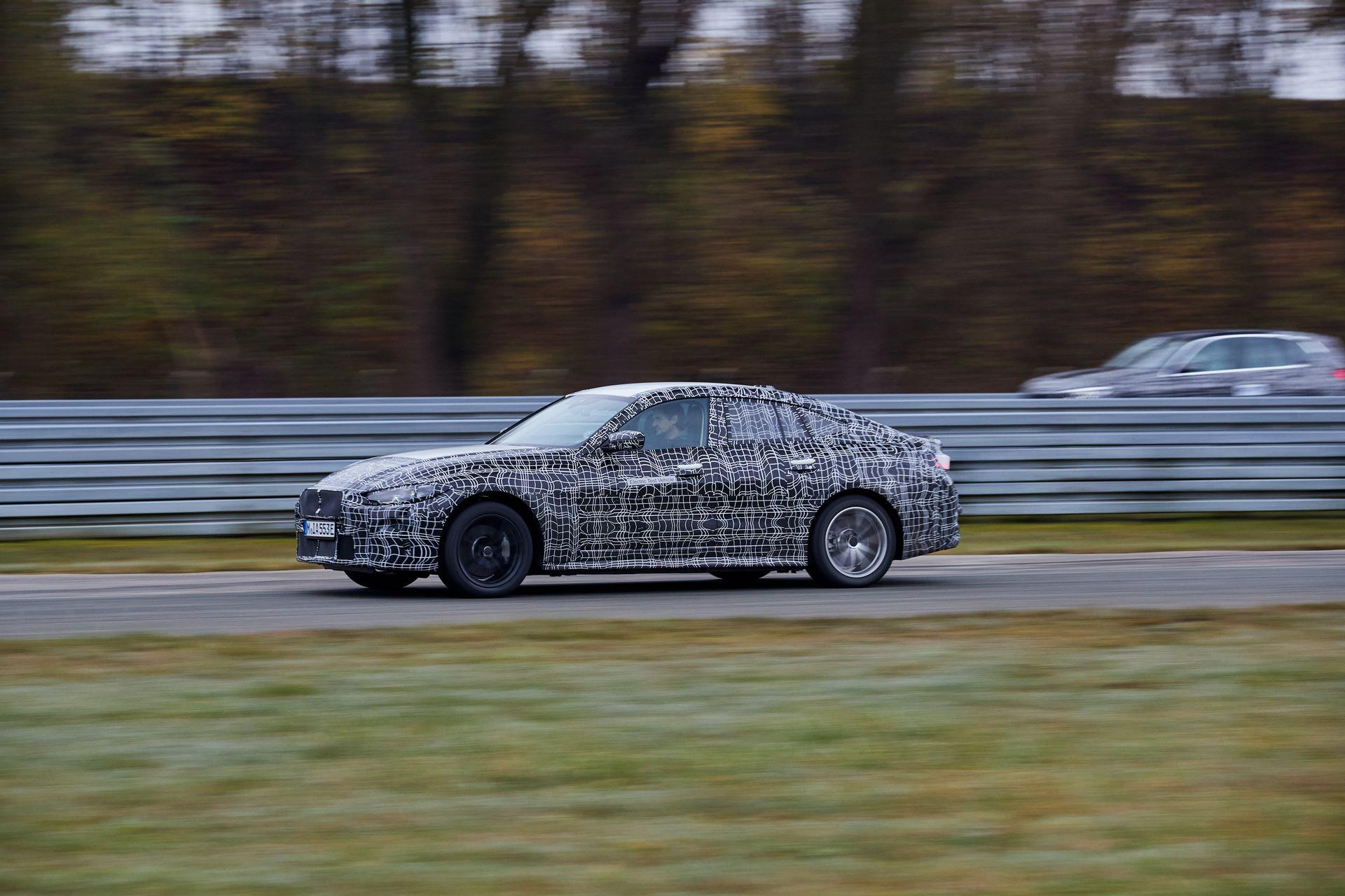 BMW-i4-spy-photos-42