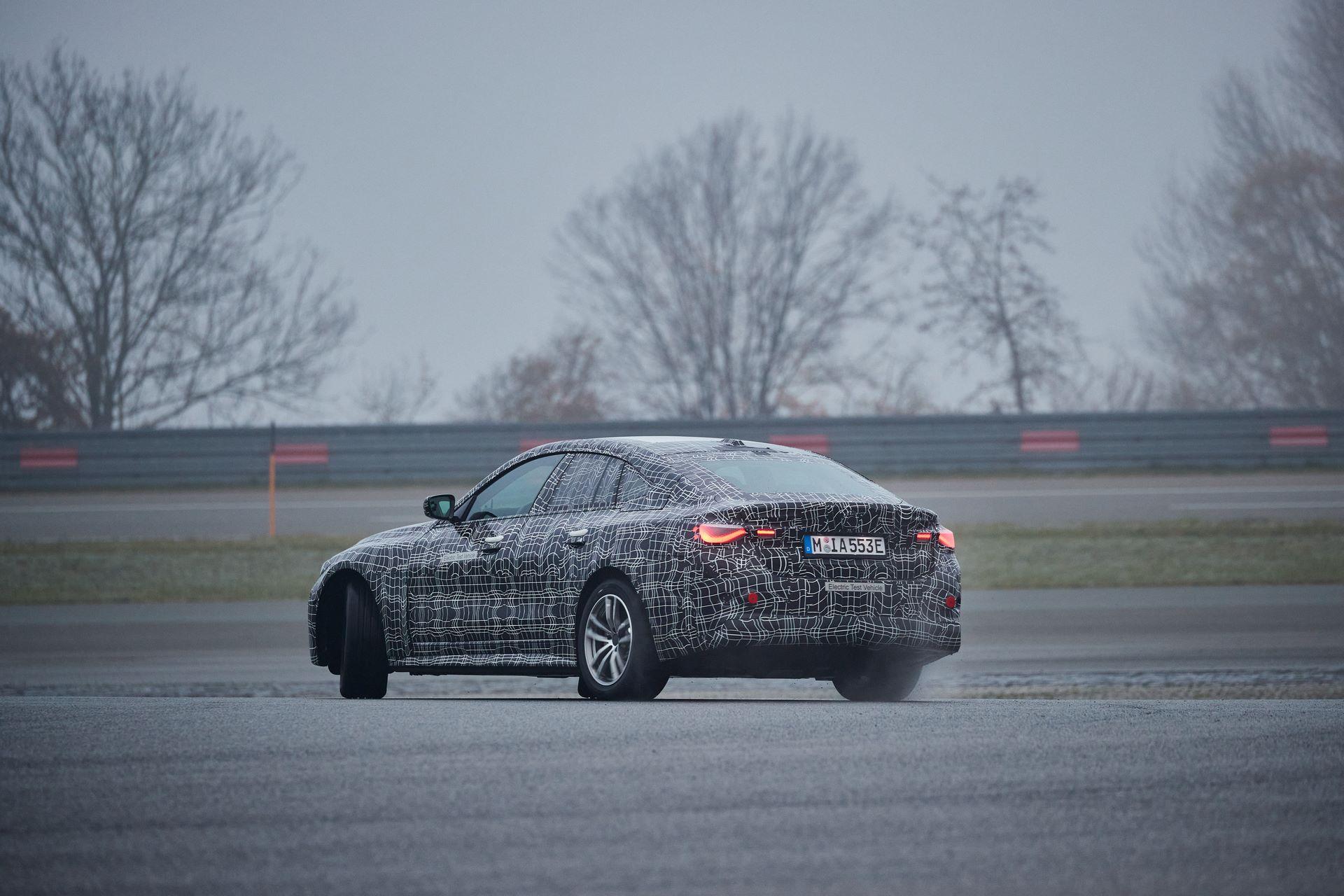 BMW-i4-spy-photos-44