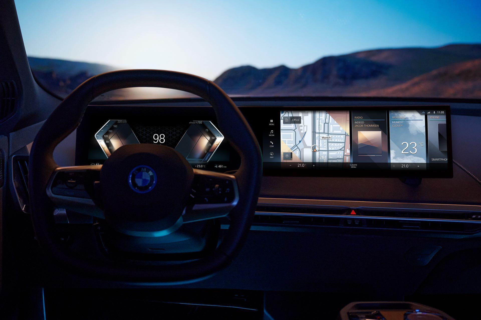 BMW-iDrive-8-30