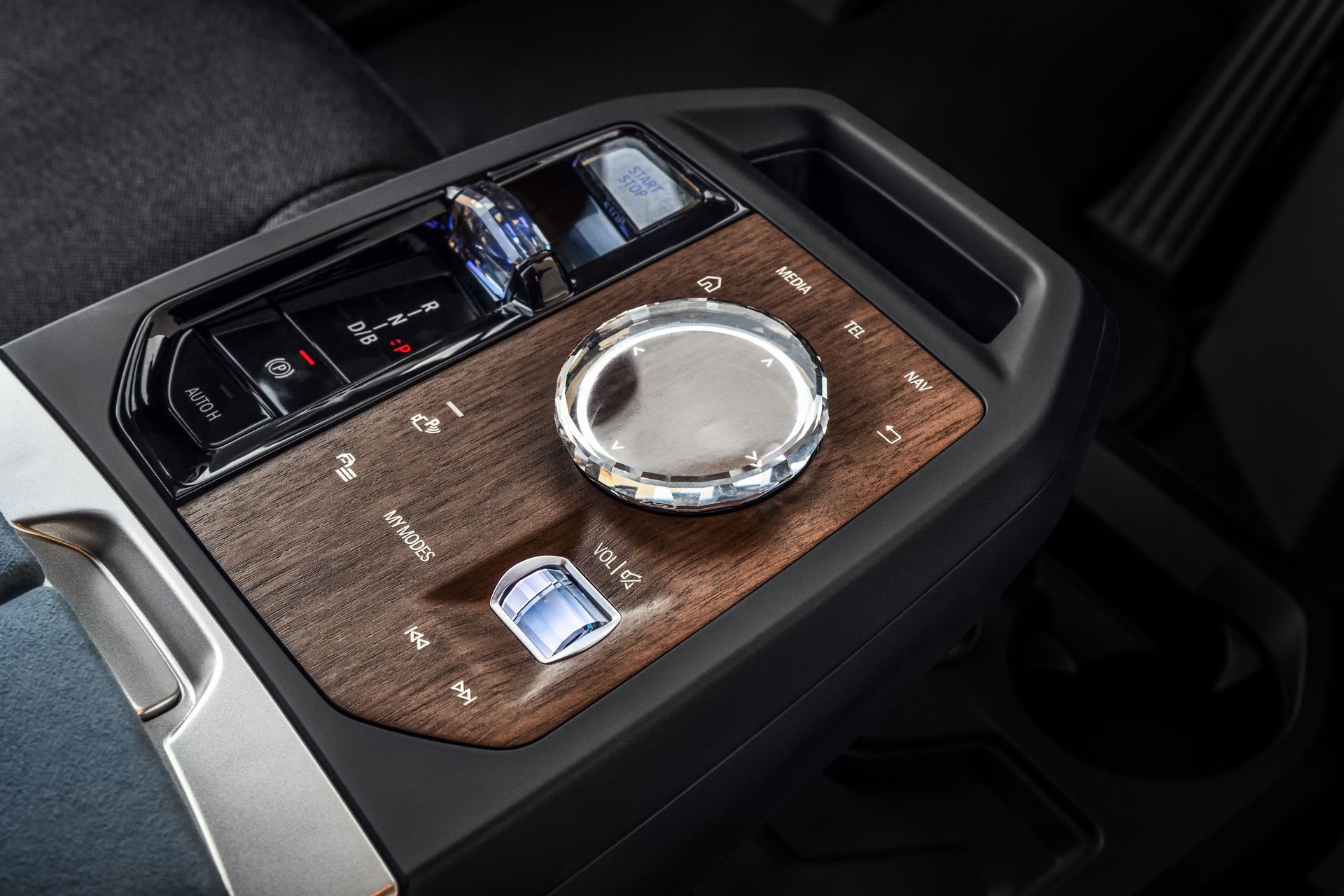 BMW-iX-20