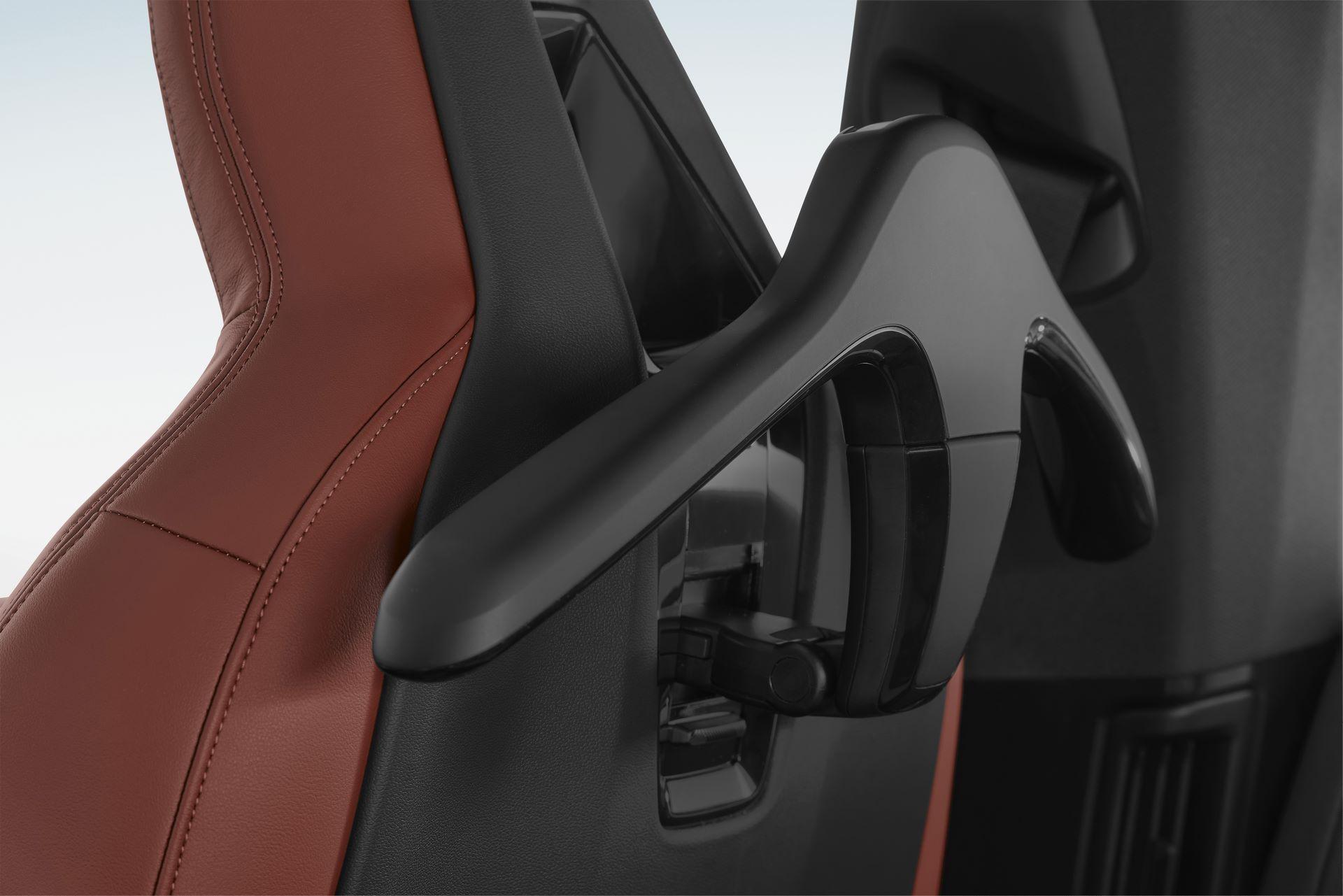 BMW-iX-77