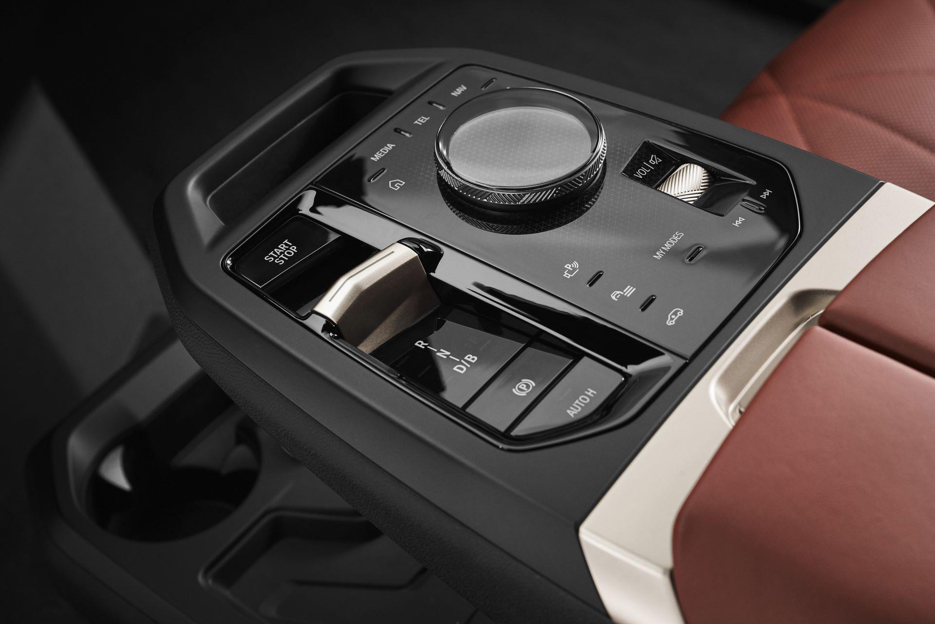 BMW-iX-84