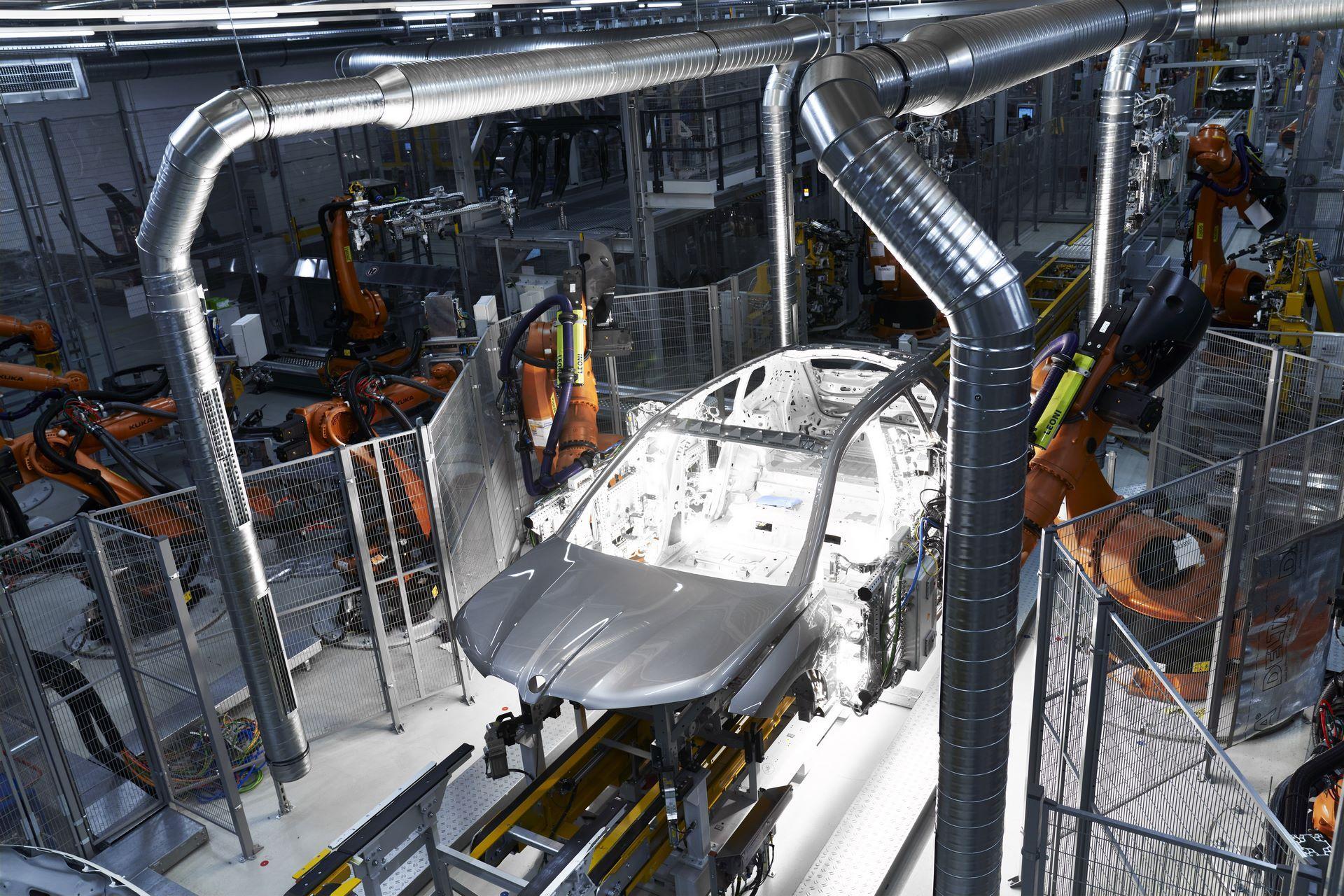 BMW-iX-Plant-2