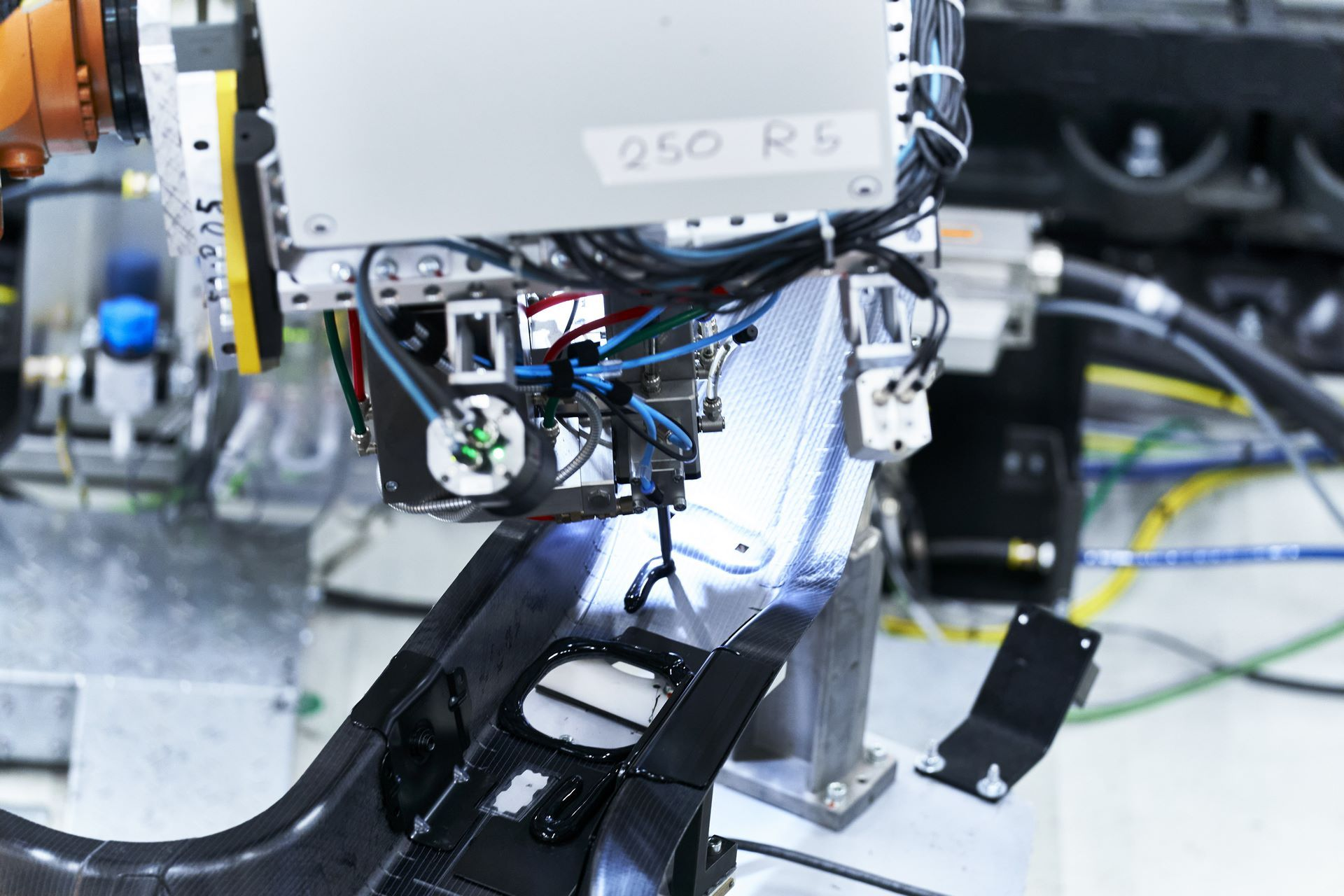 BMW-iX-Plant-4