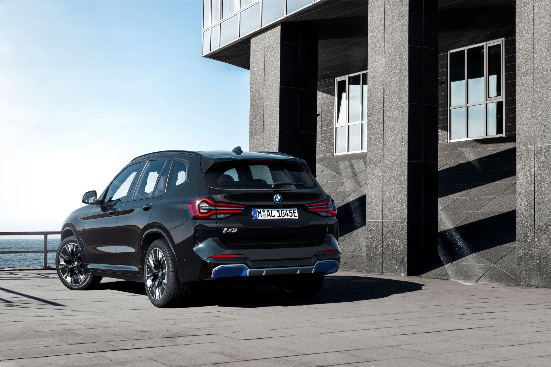 BMW-iX3-facelift-10