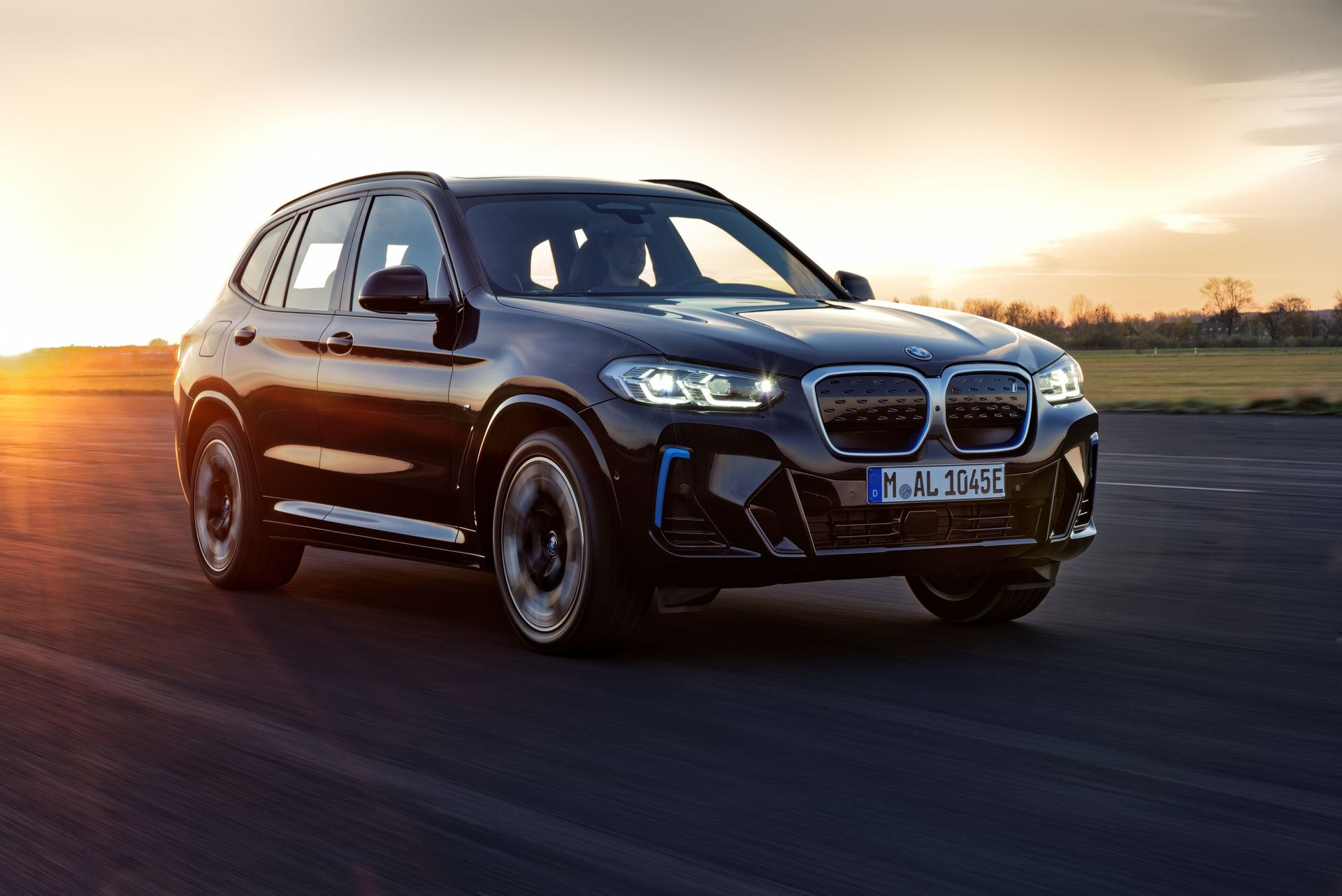 BMW-iX3-facelift-11