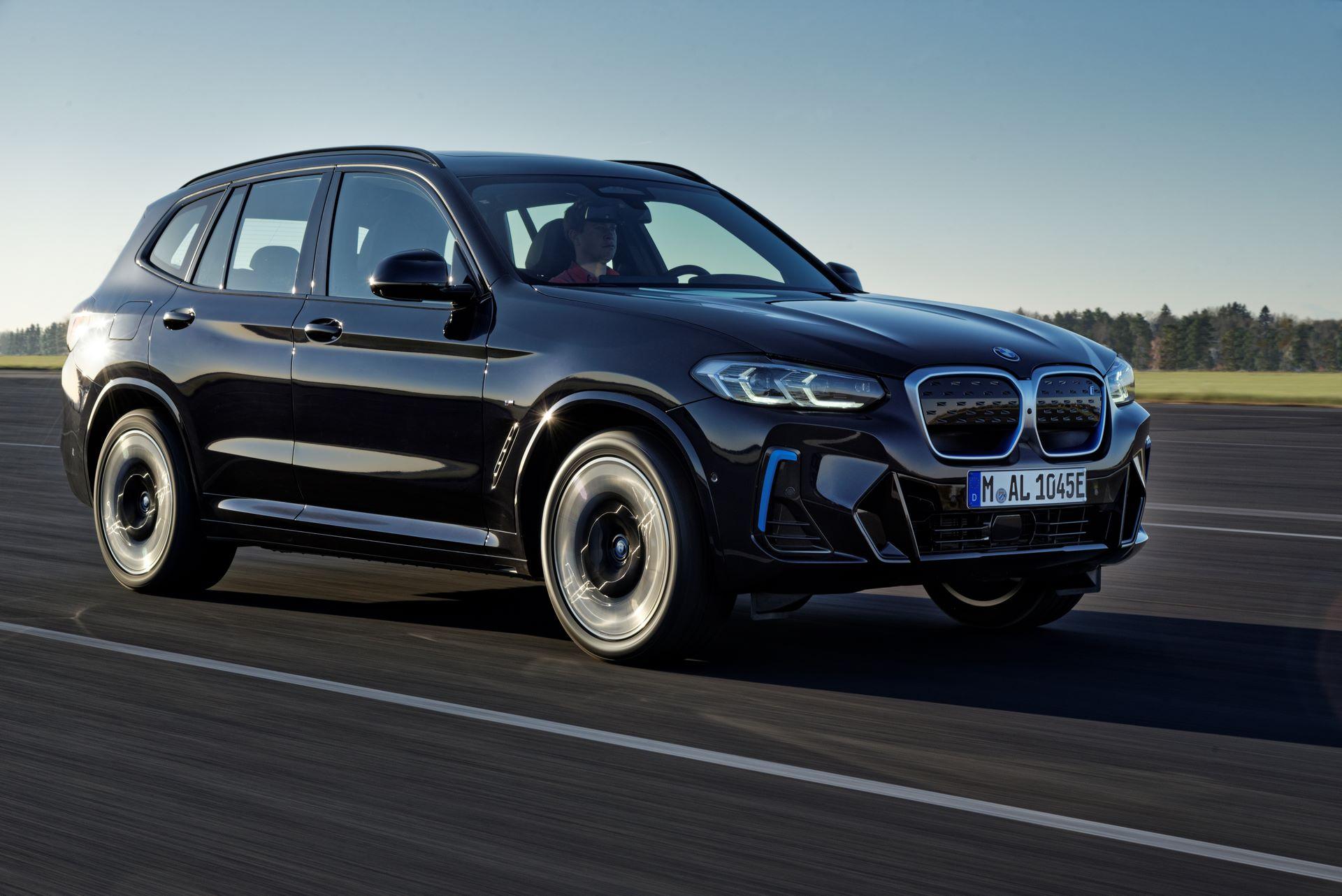 BMW-iX3-facelift-13