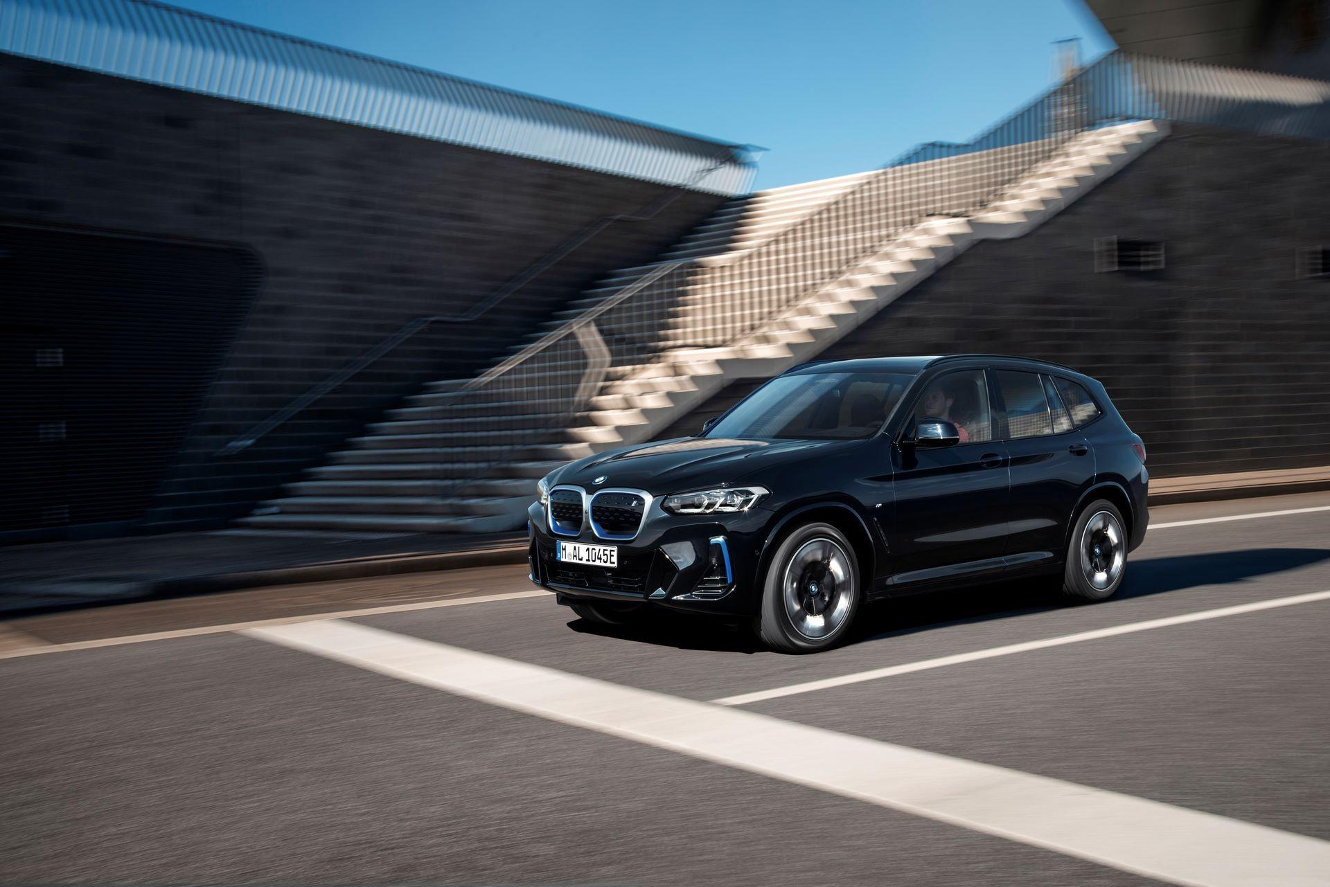 BMW-iX3-facelift-15