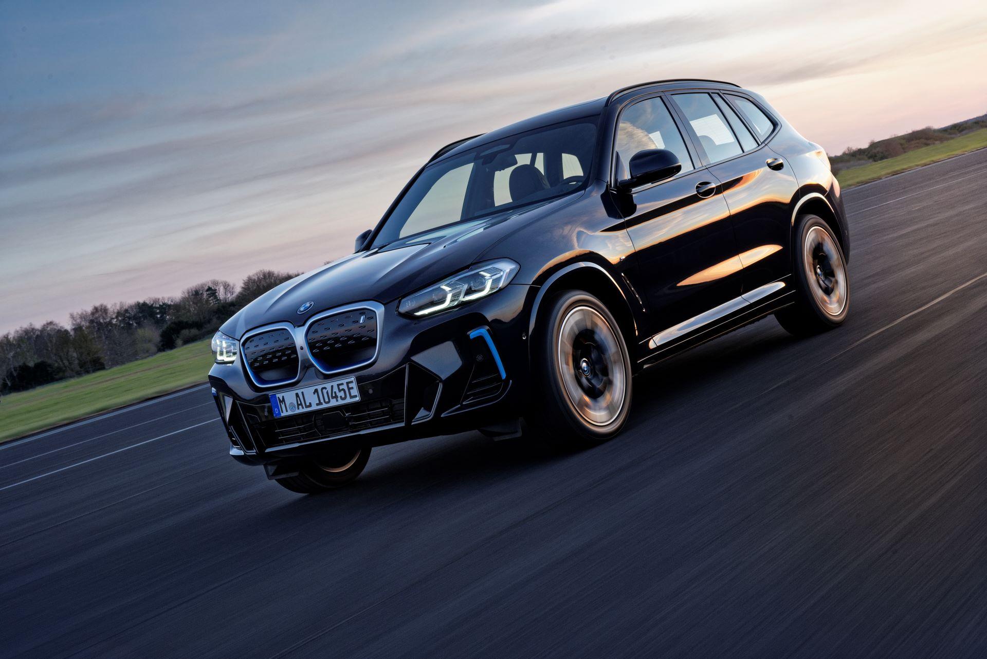 BMW-iX3-facelift-3
