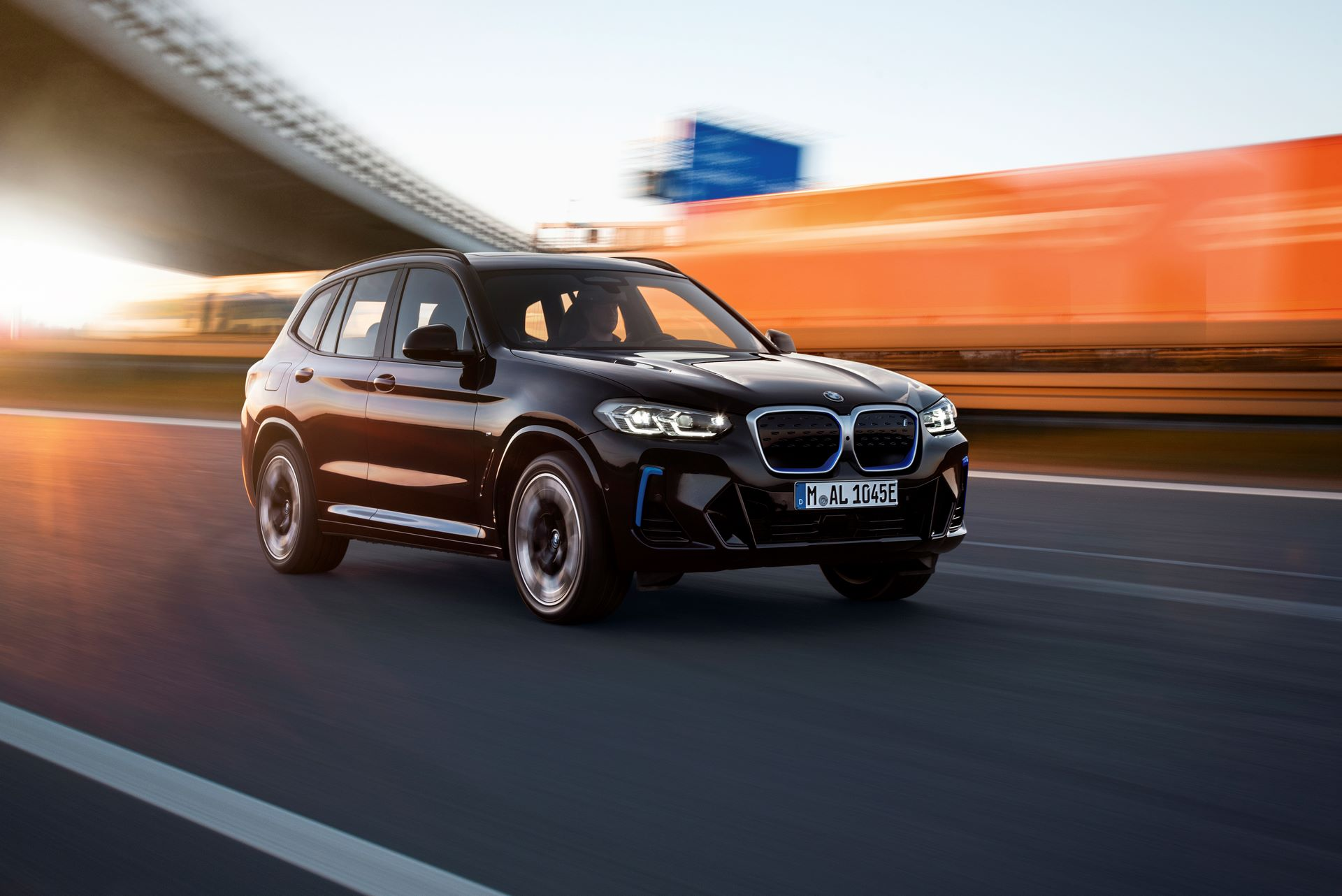 BMW-iX3-facelift-5