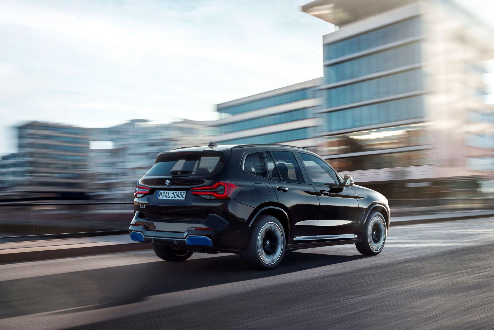 BMW-iX3-facelift-8