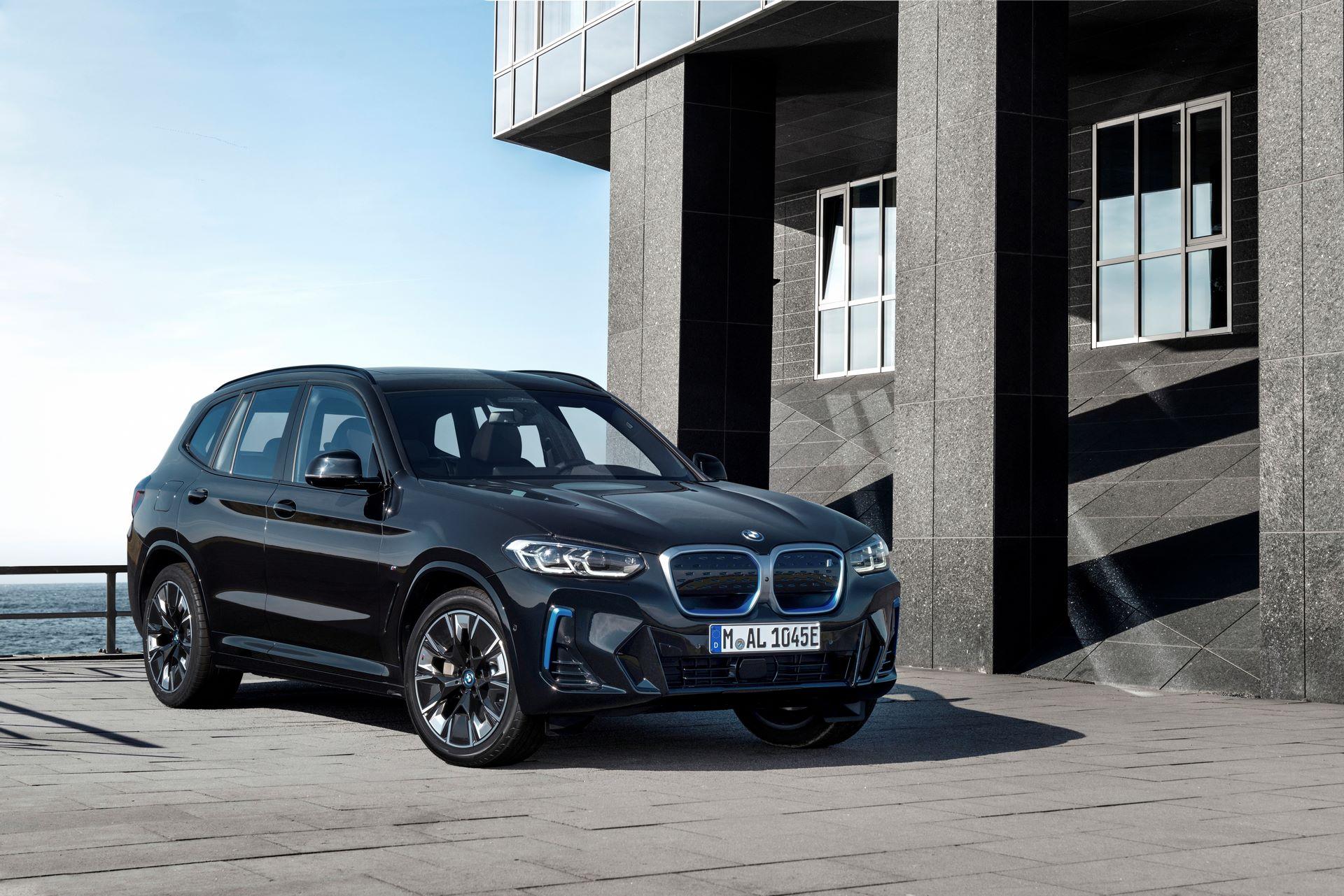 BMW-iX3-facelift-9