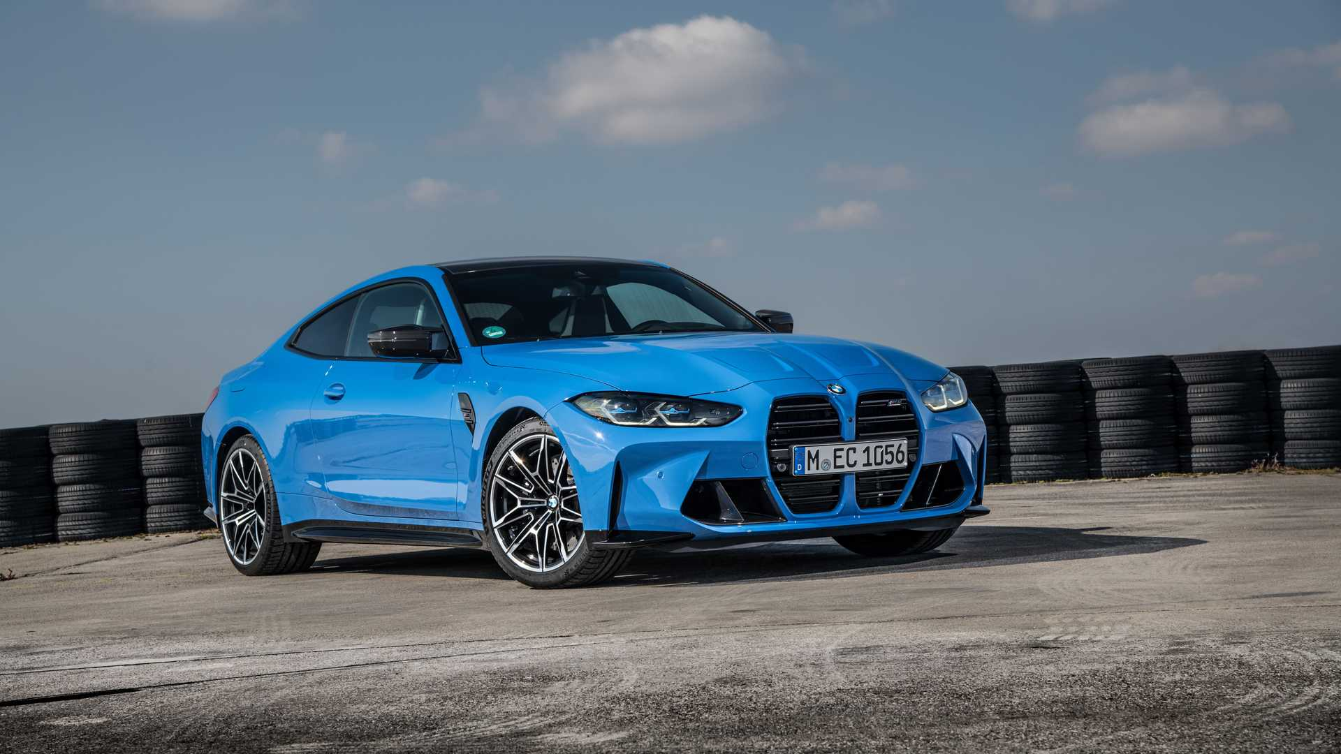 BMW-M3-and-M4-Competition-xDrive-10