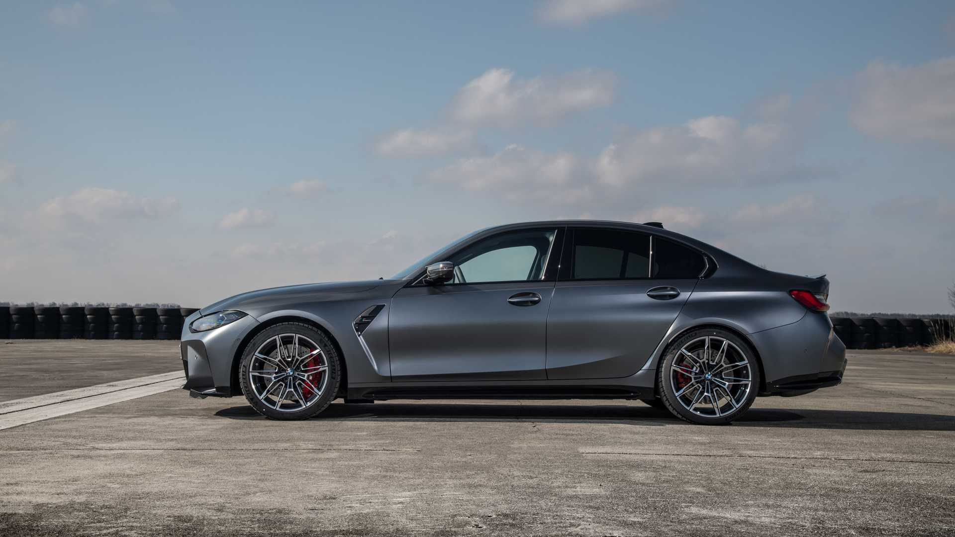 BMW-M3-and-M4-Competition-xDrive-46