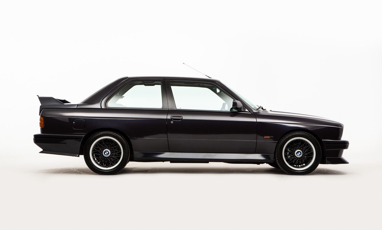 BMW_M3_E30_Cecotto-0000