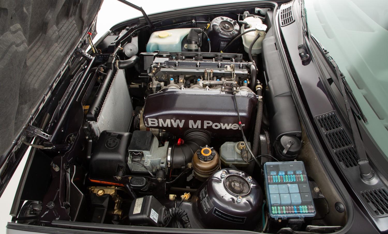 BMW_M3_E30_Cecotto-0007