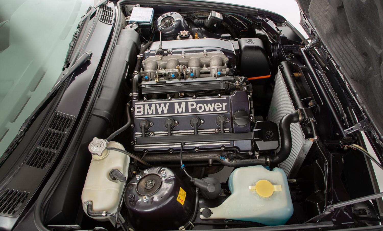 BMW_M3_E30_Cecotto-0008