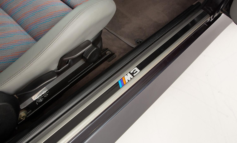 BMW_M3_E30_Cecotto-0011