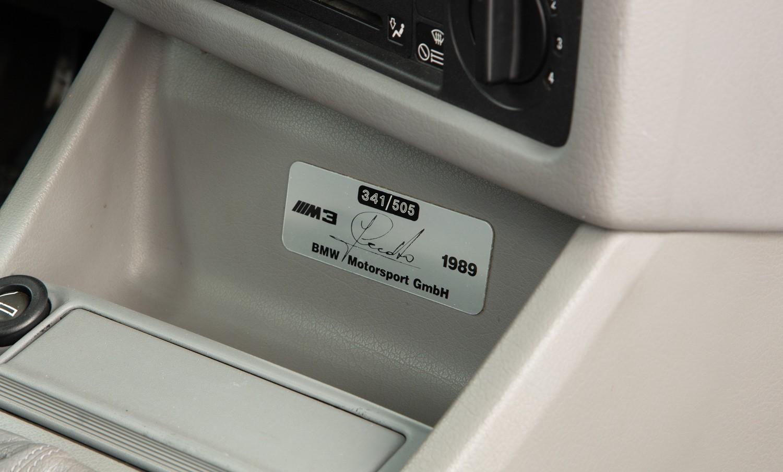 BMW_M3_E30_Cecotto-0012