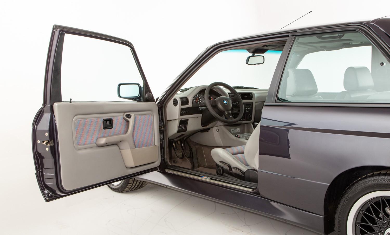 BMW_M3_E30_Cecotto-0016