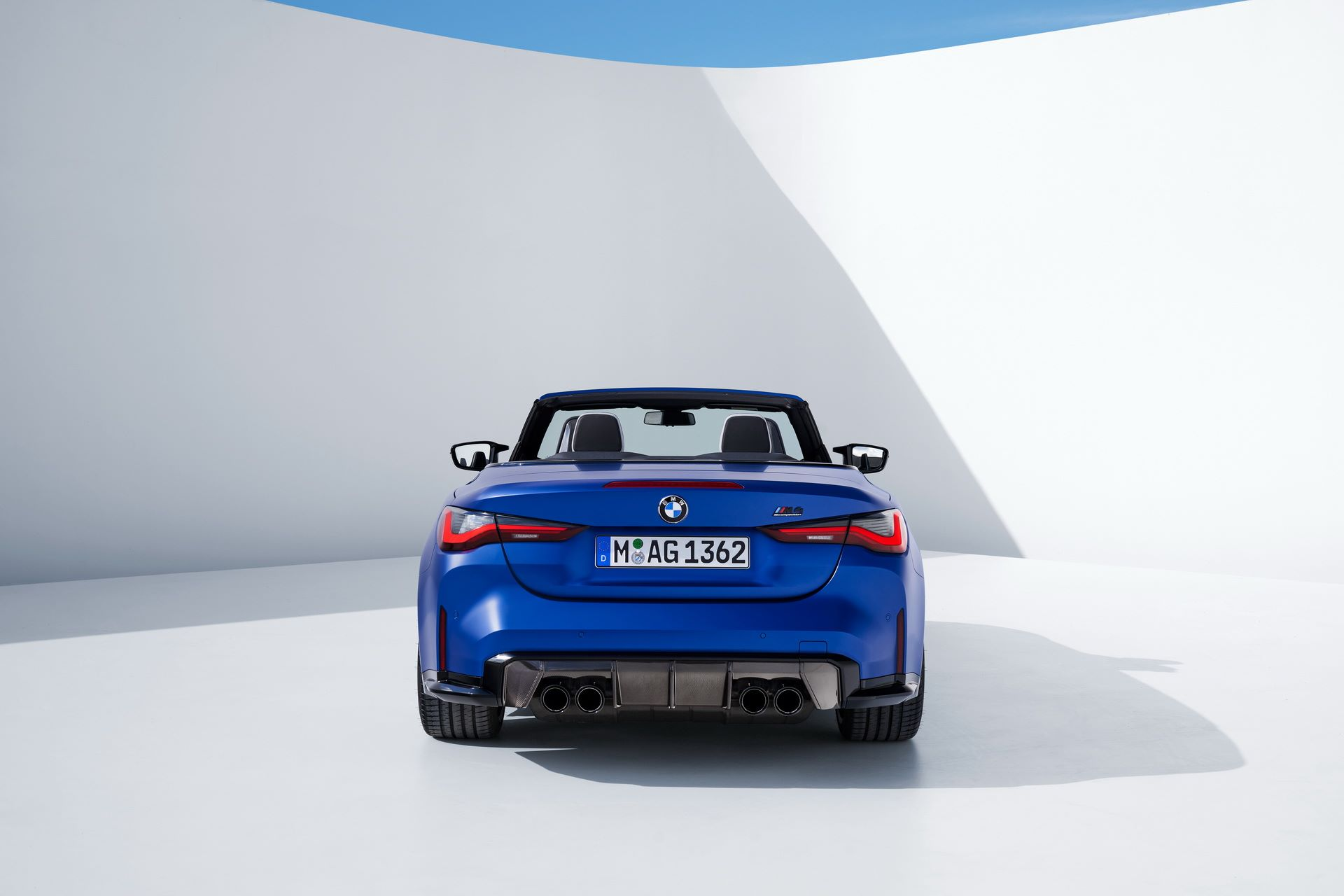 BMW-M4-Convertible-35