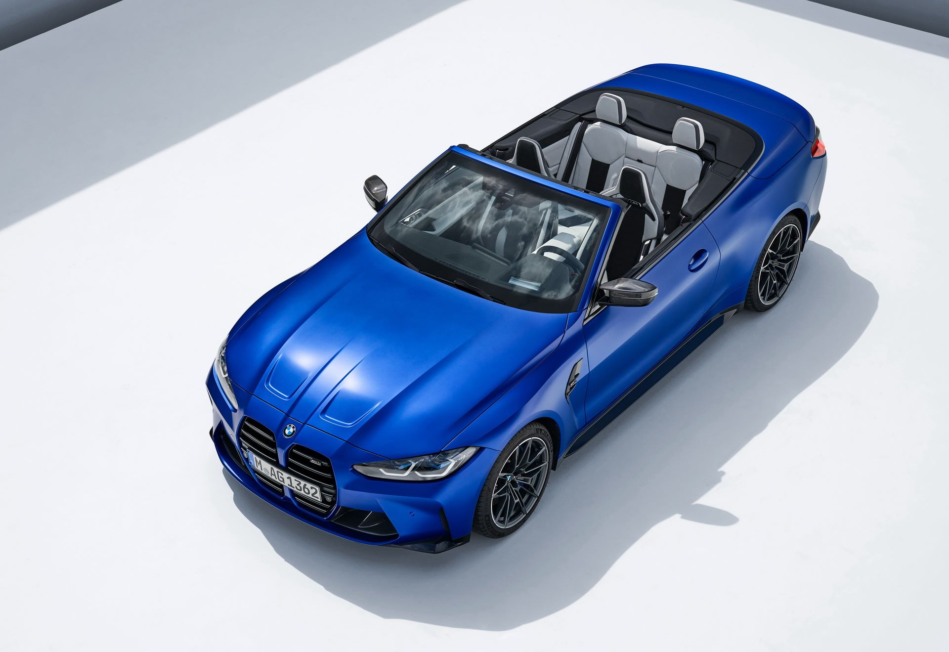 BMW-M4-Convertible-44