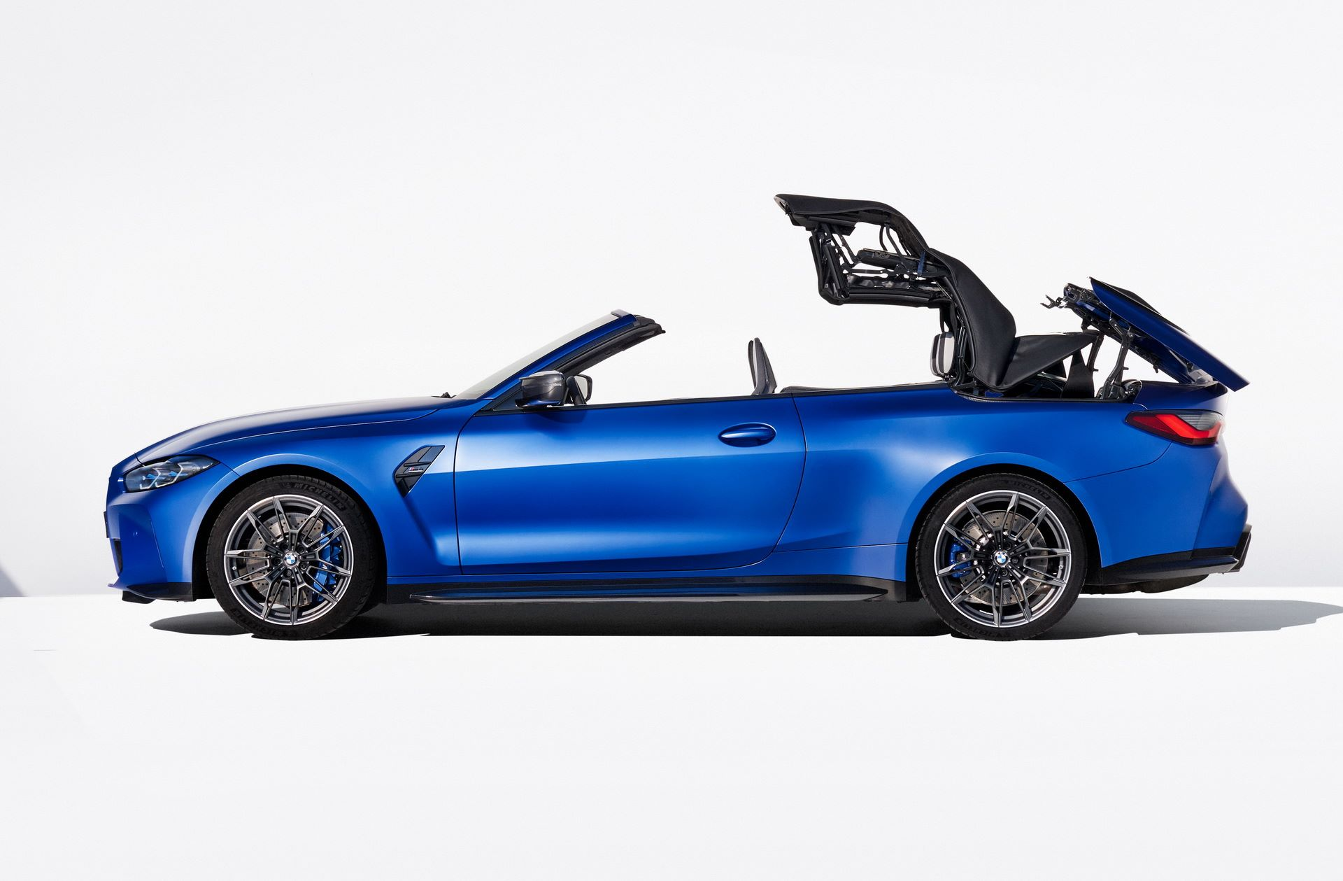 BMW-M4-Convertible-48