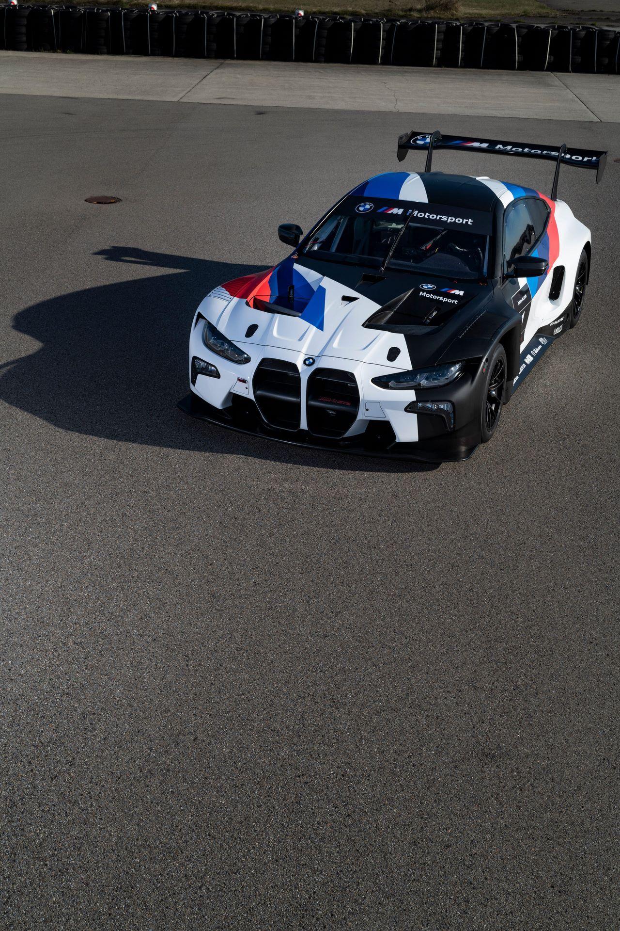 BMW-M4-GT3-15