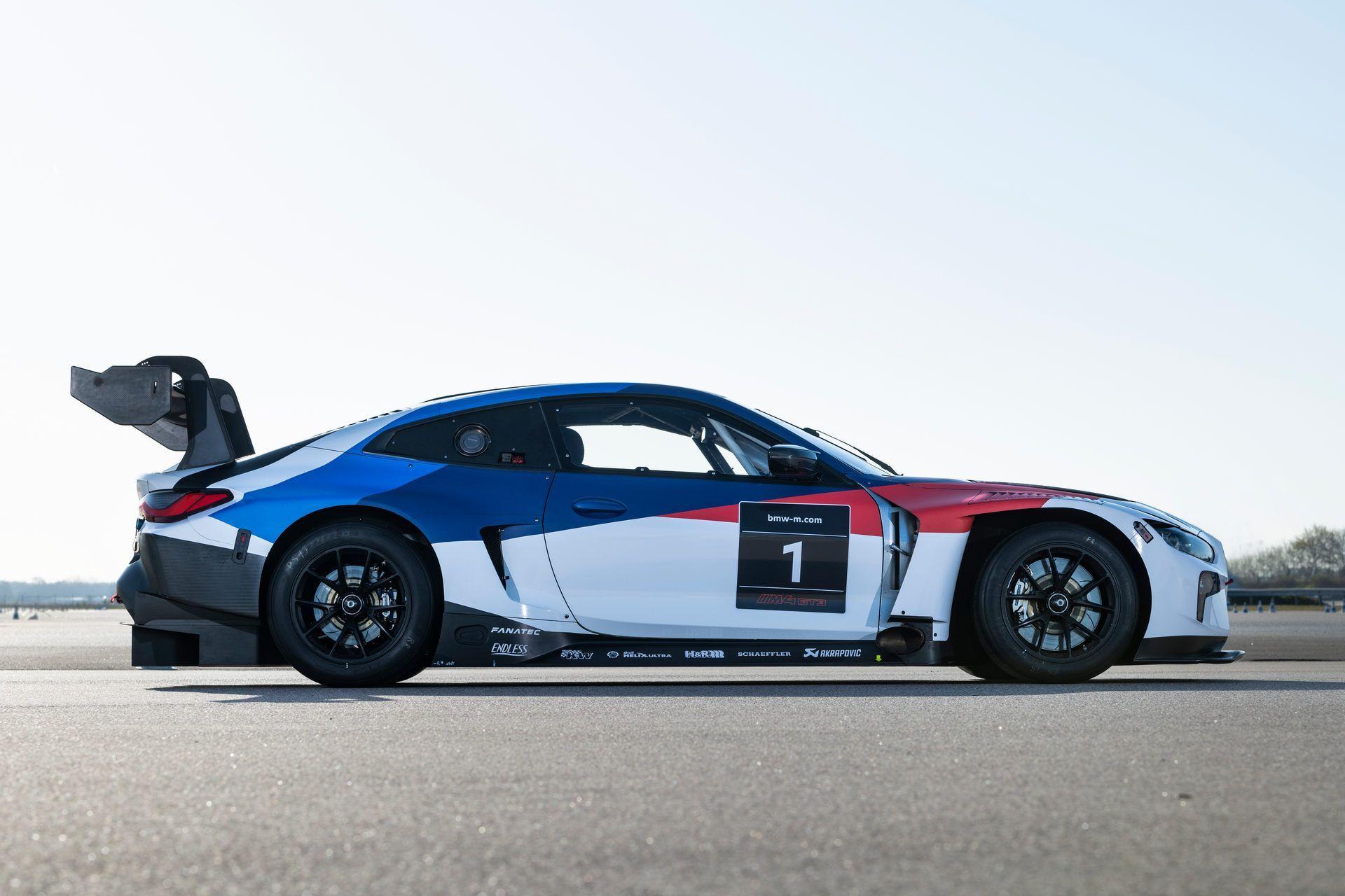BMW-M4-GT3-17