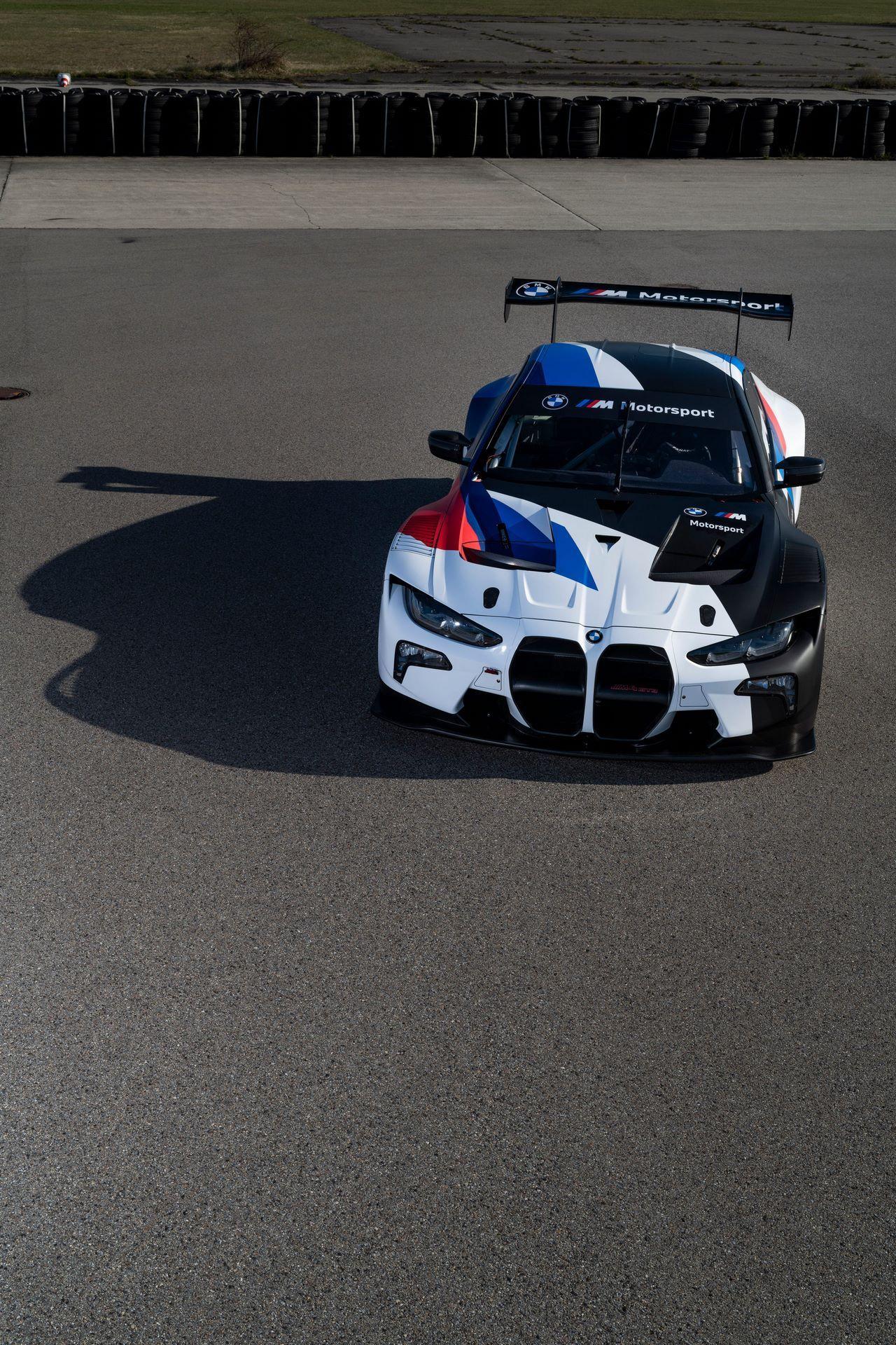 BMW-M4-GT3-18