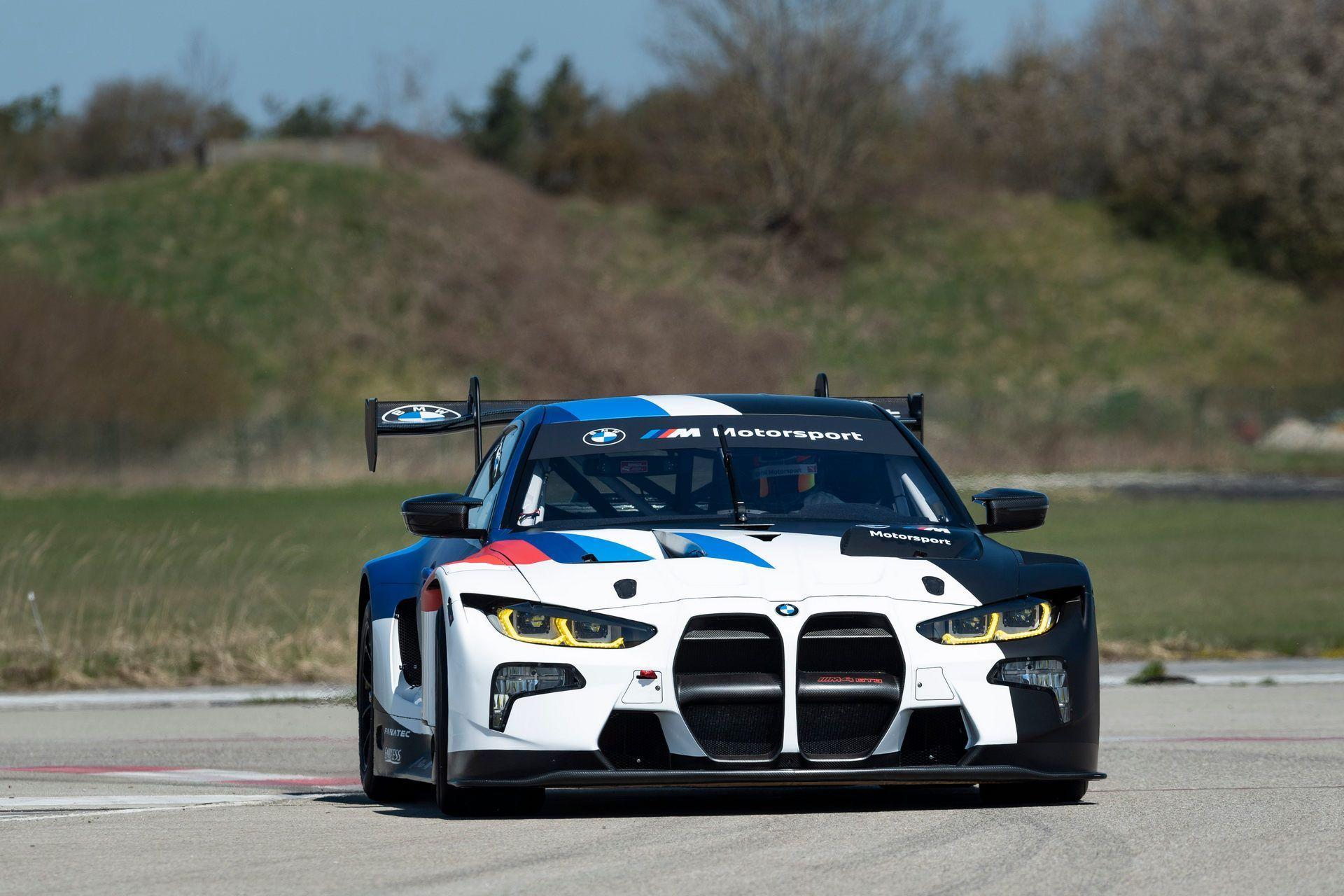 BMW-M4-GT3-25