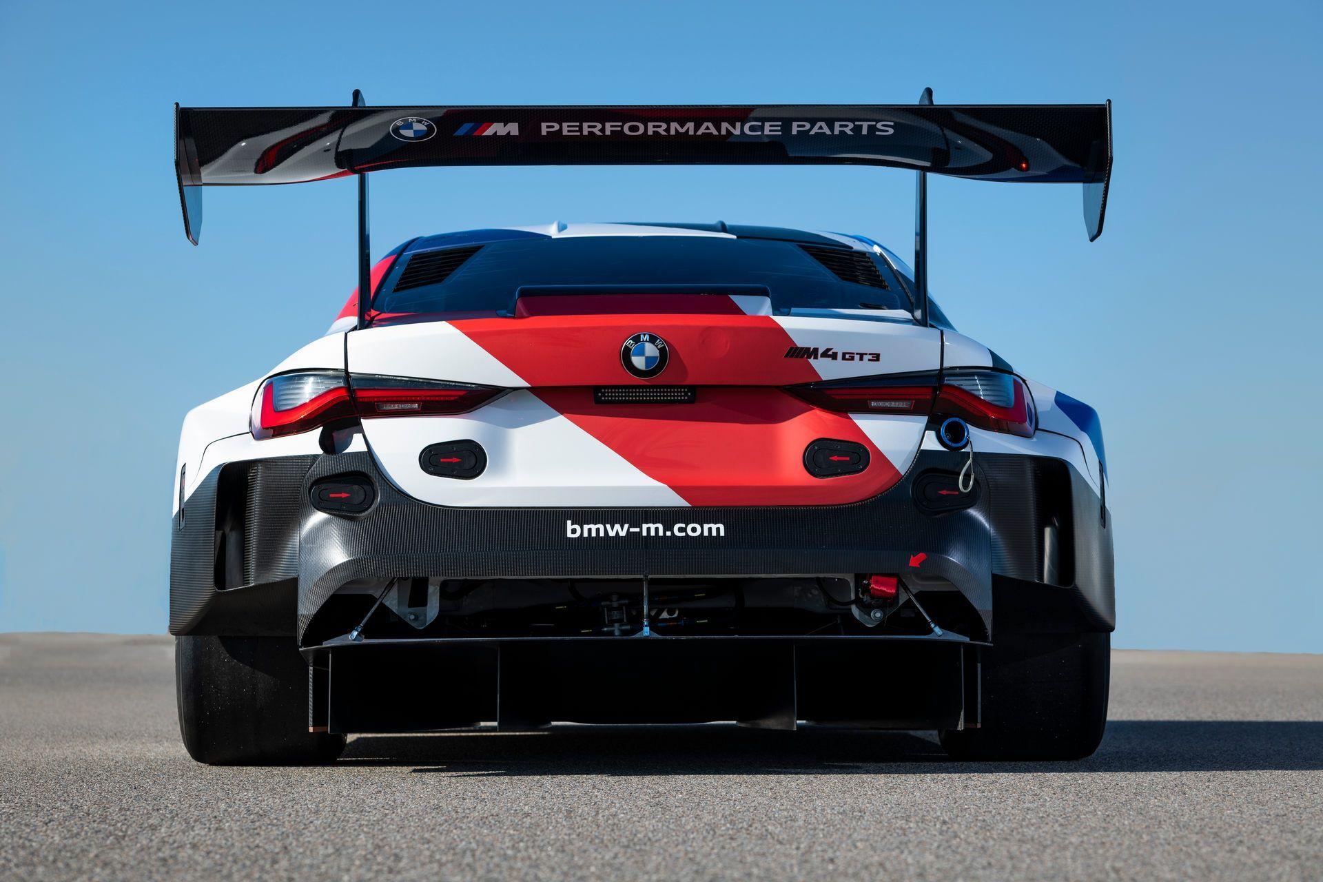 BMW-M4-GT3-28