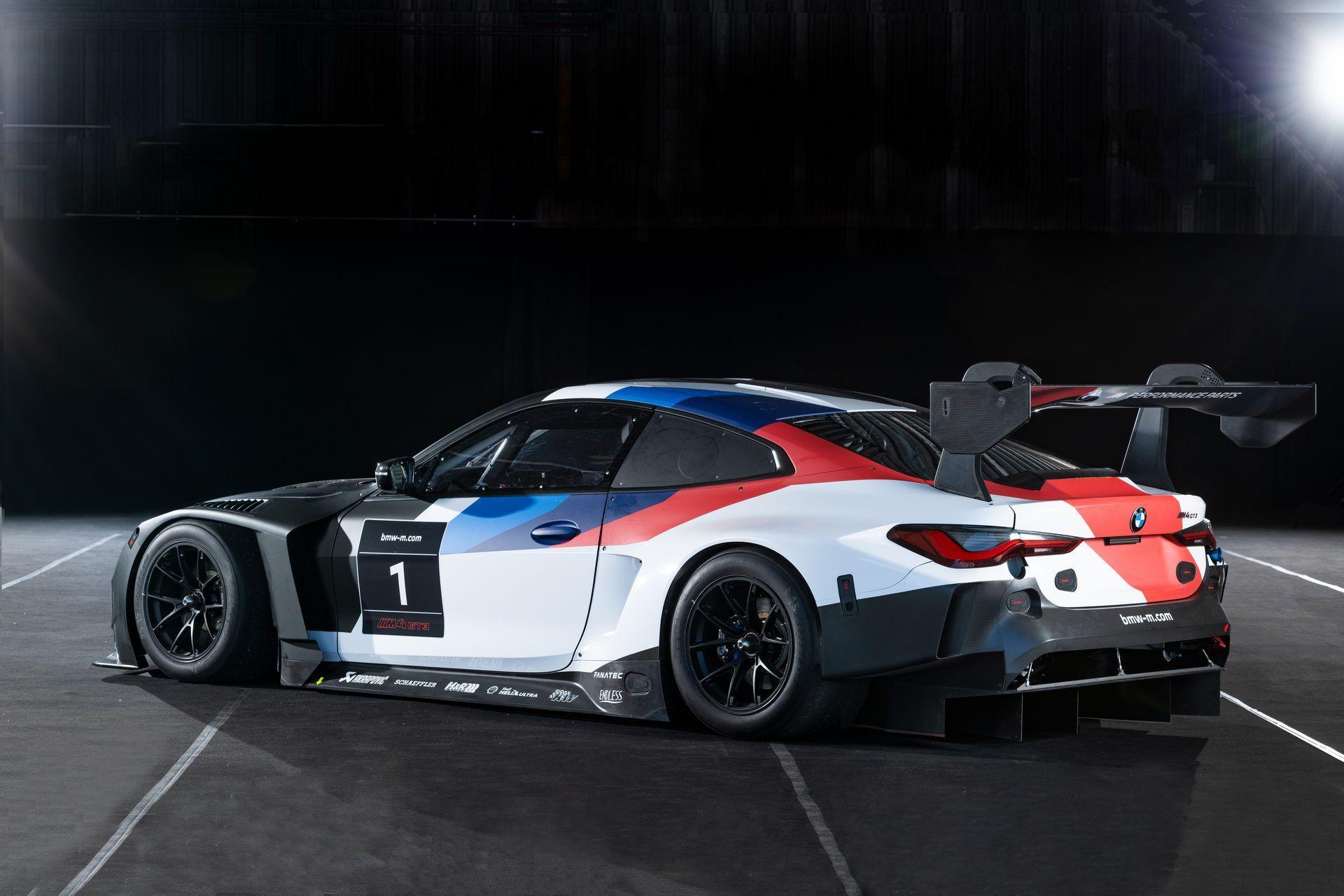 BMW-M4-GT3-32