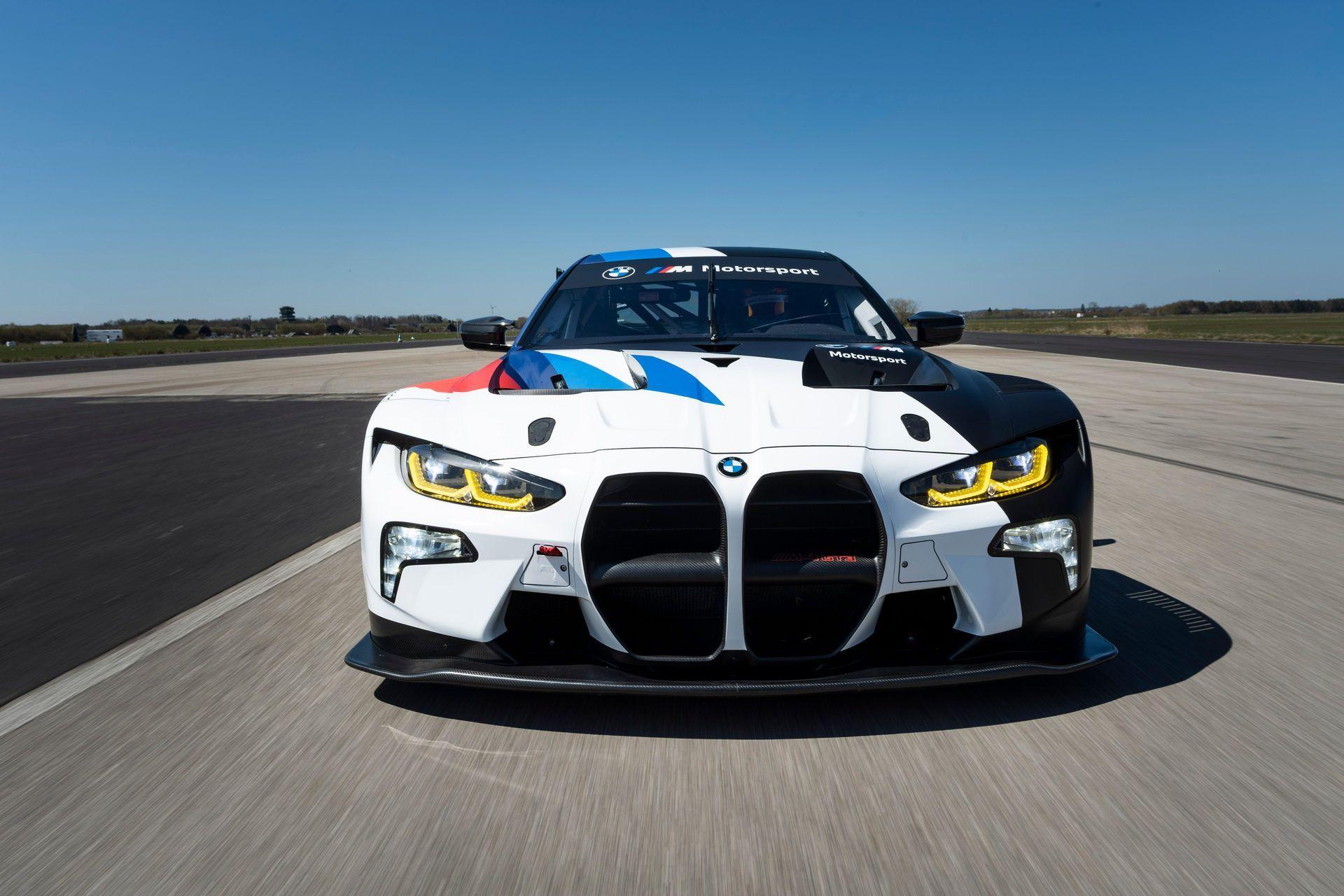BMW-M4-GT3-35