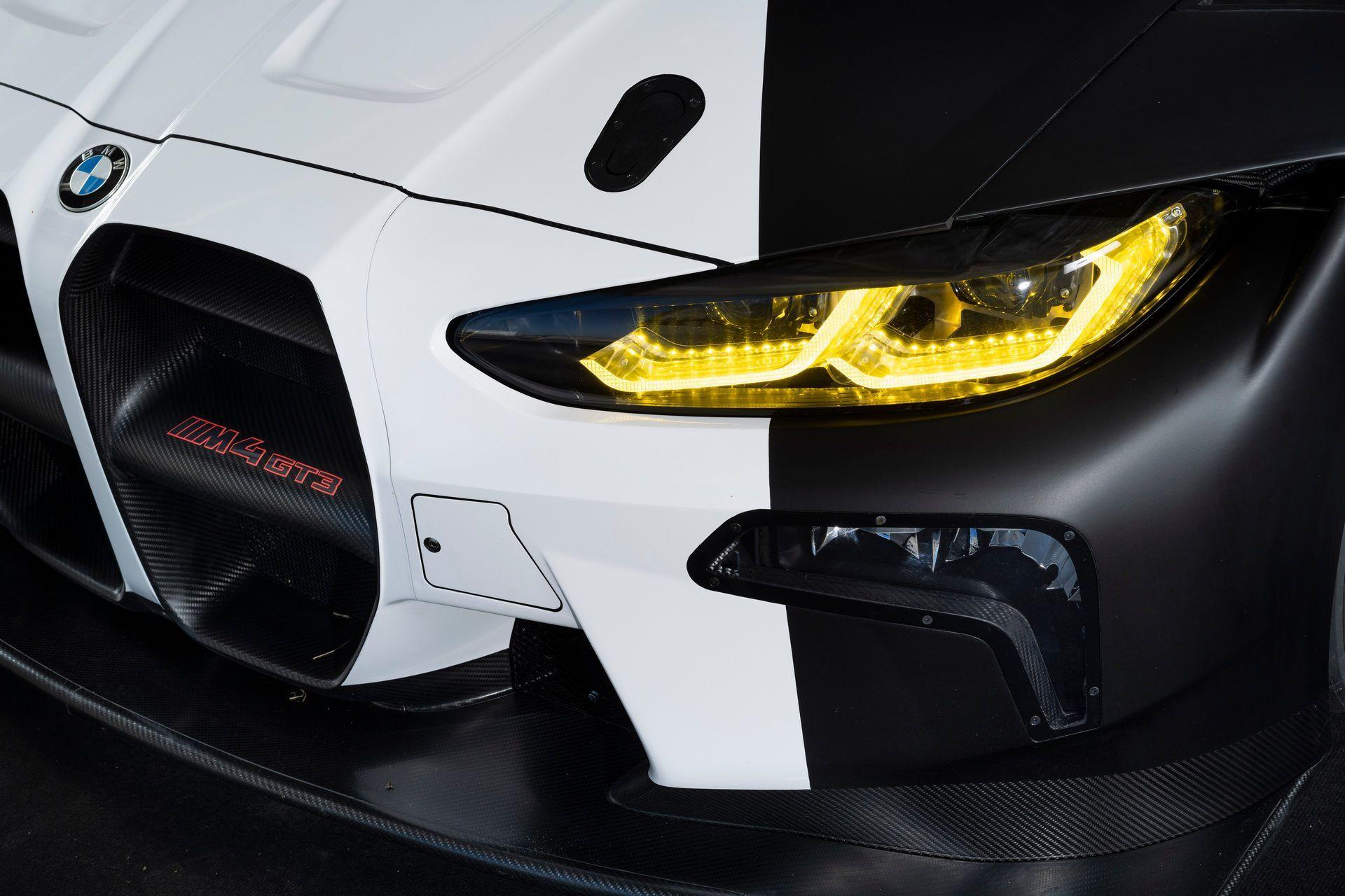 BMW-M4-GT3-37