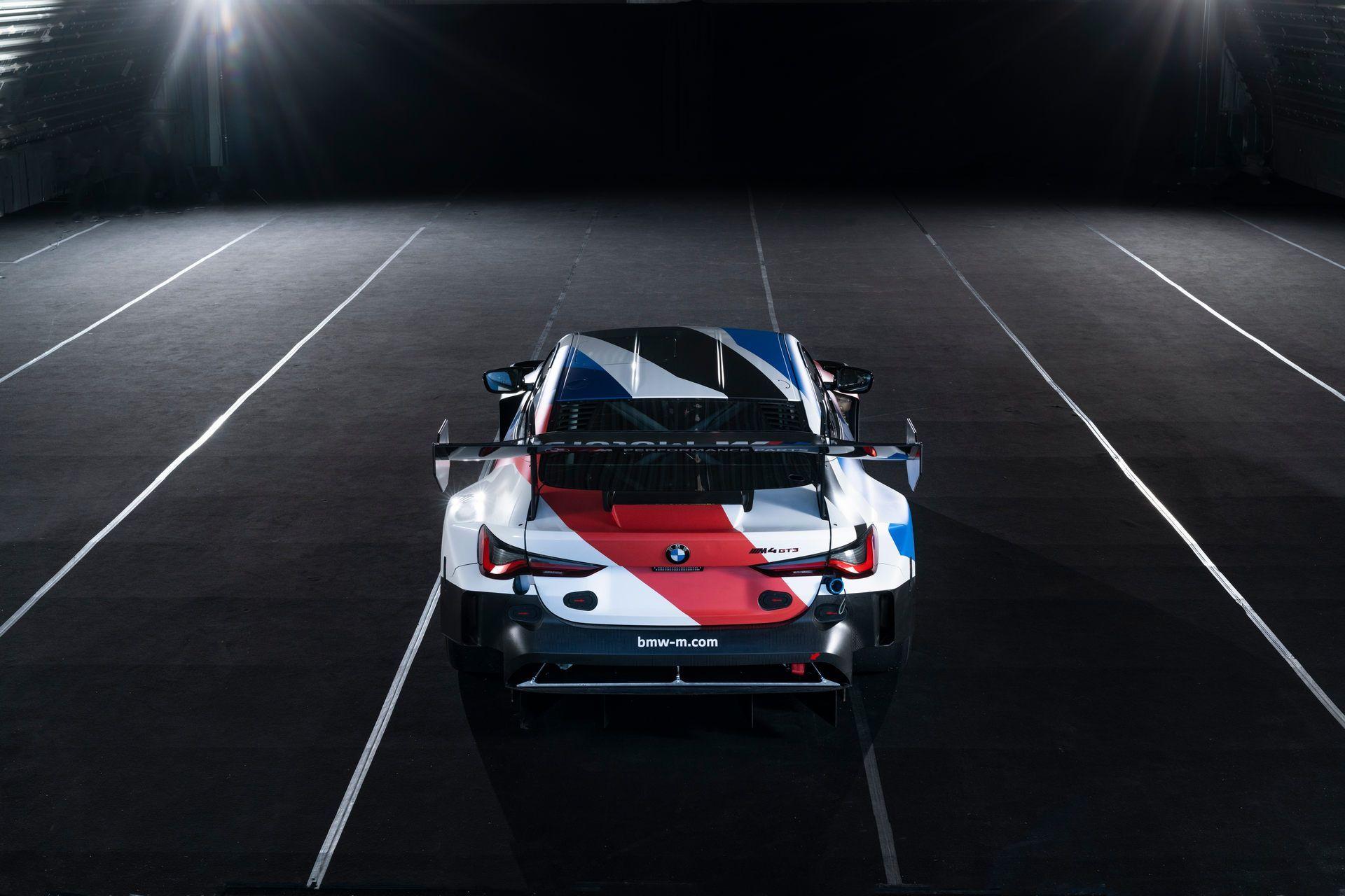 BMW-M4-GT3-39