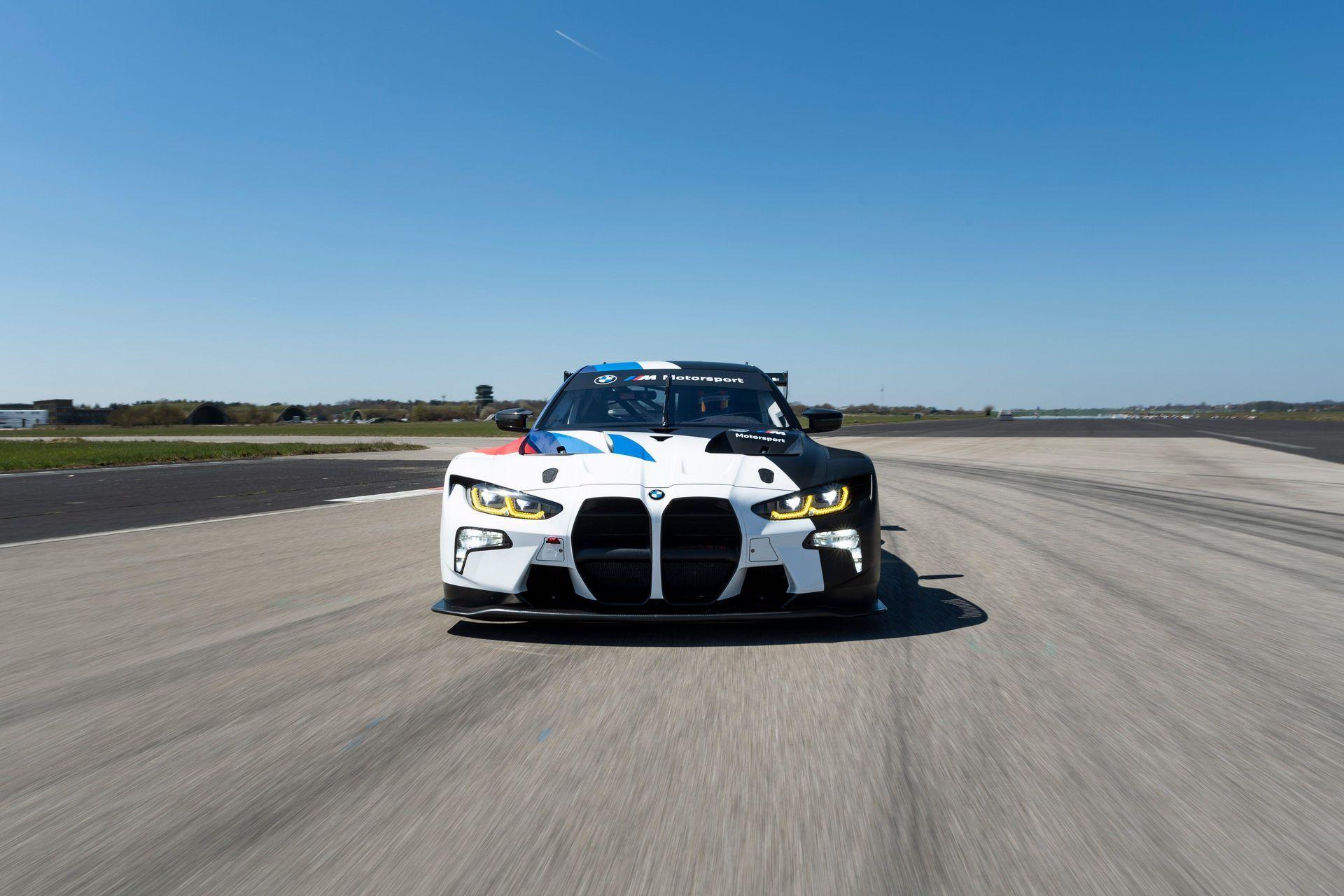 BMW-M4-GT3-48