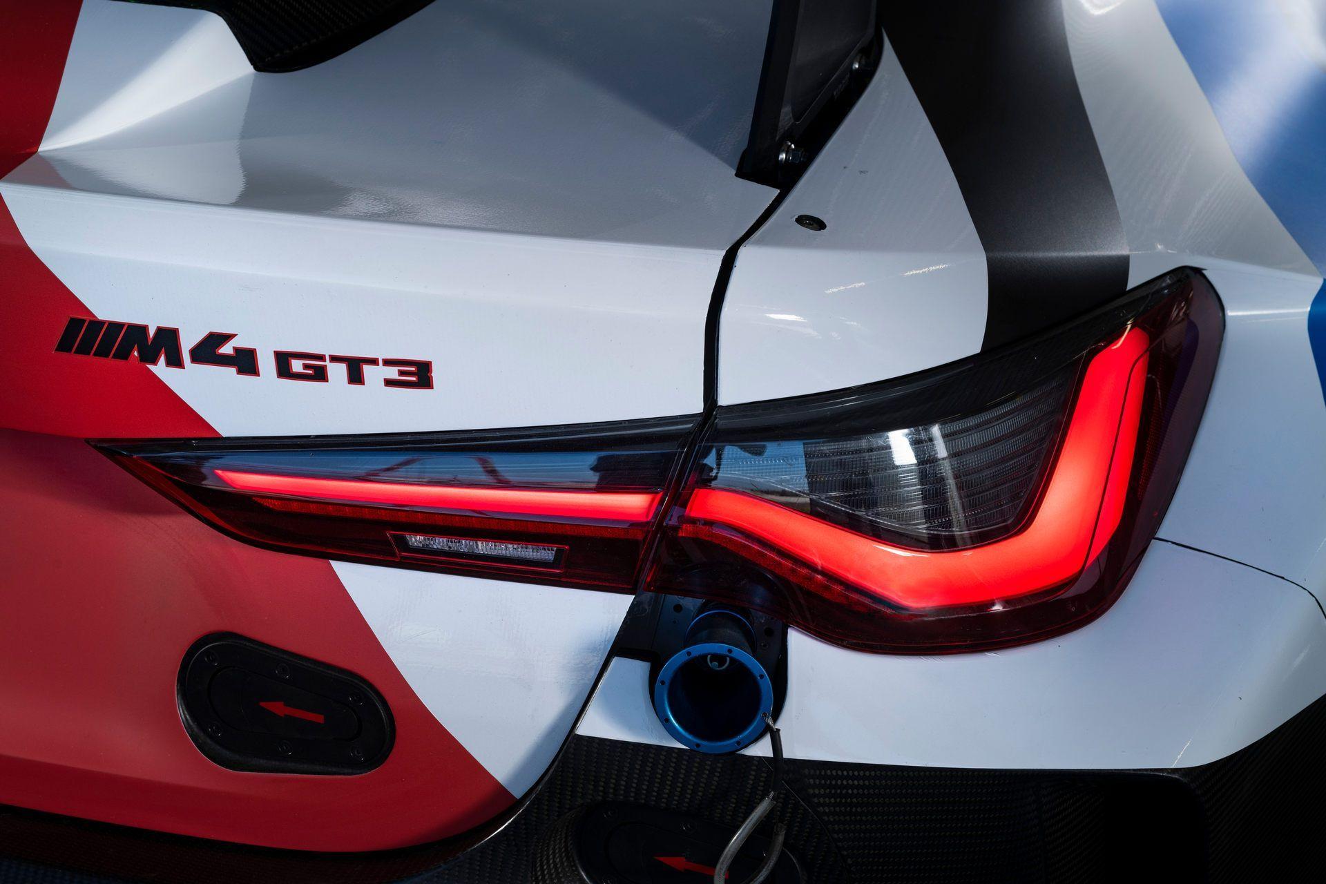 BMW-M4-GT3-50