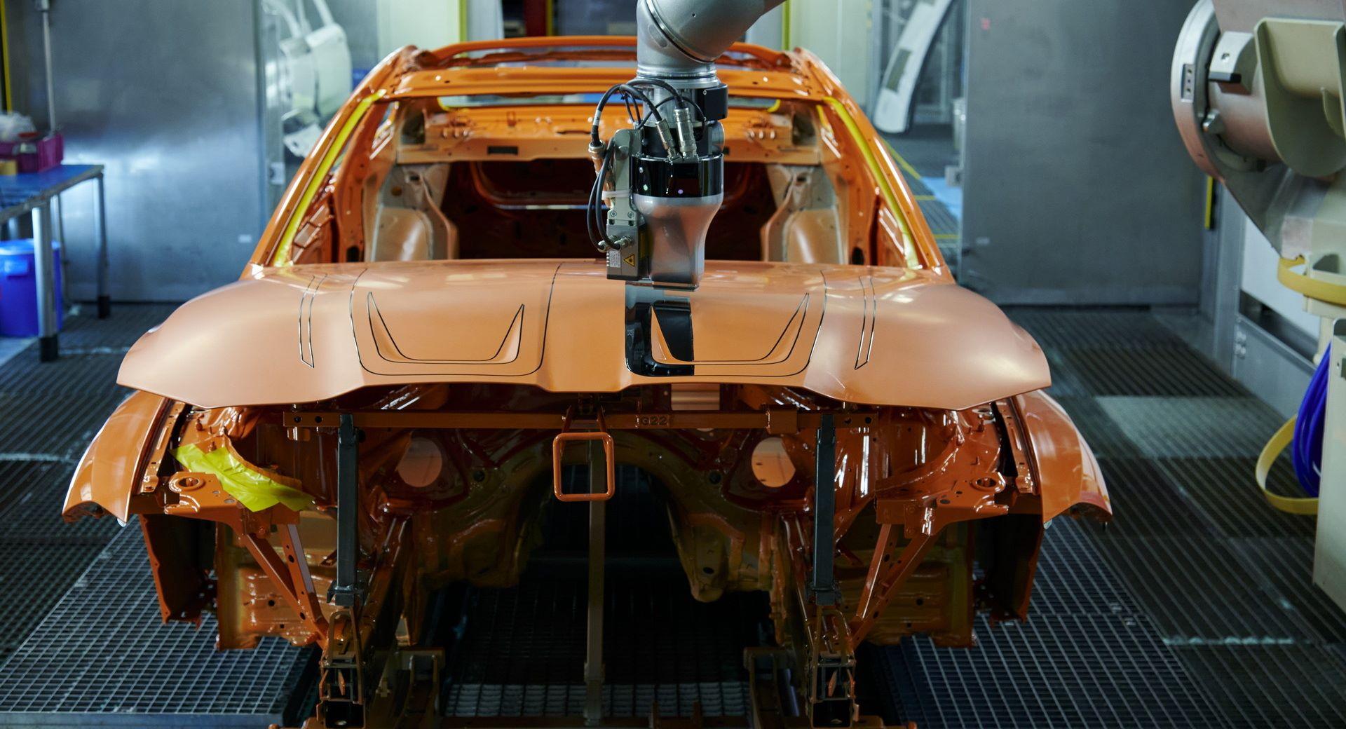 BMW-M4-with-EcoPaintJet-Pro-10