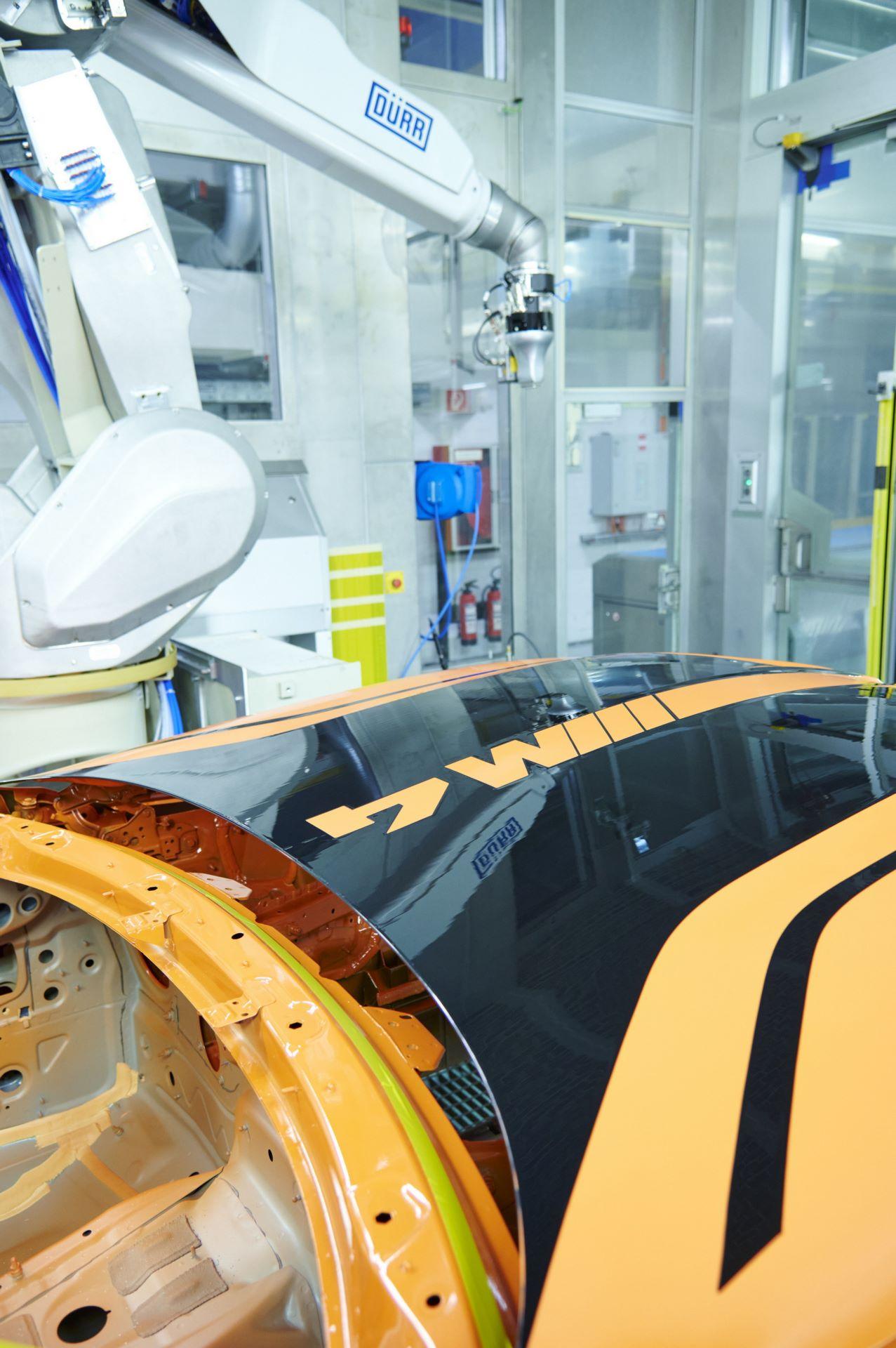BMW-M4-with-EcoPaintJet-Pro-11