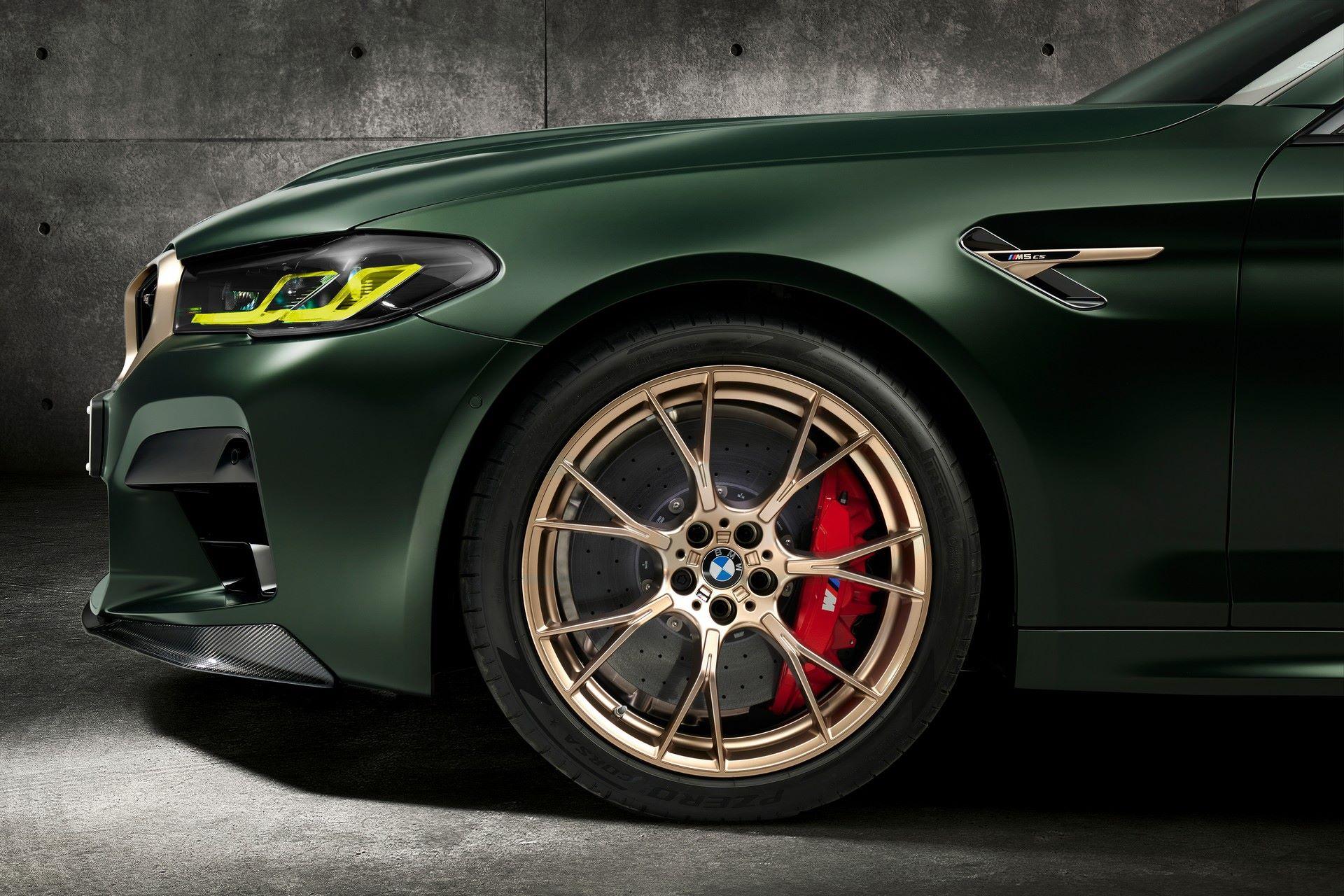 2022-BMW-M5-CS-104