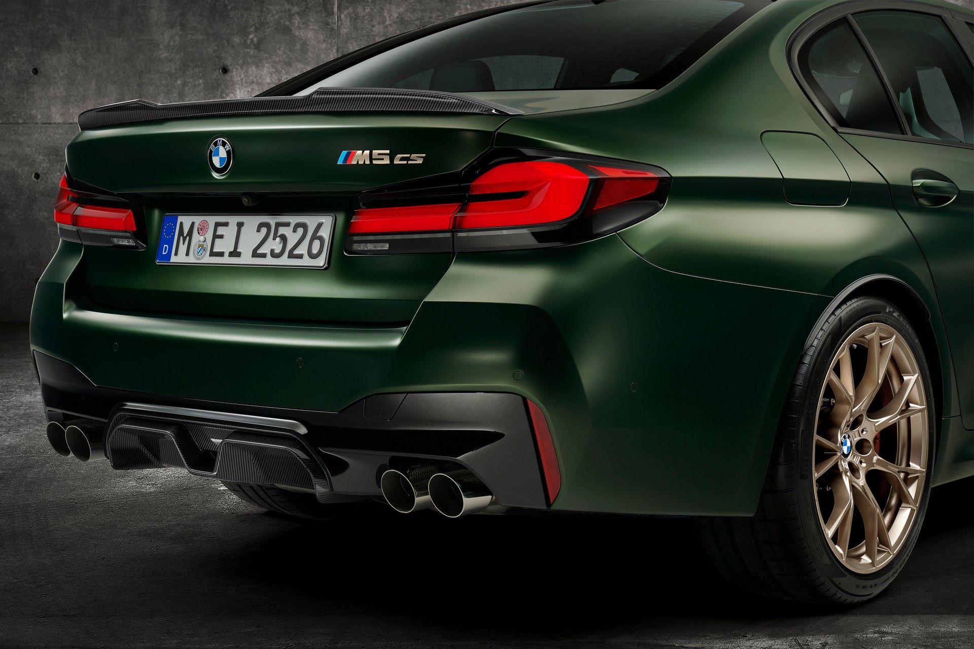 2022-BMW-M5-CS-114