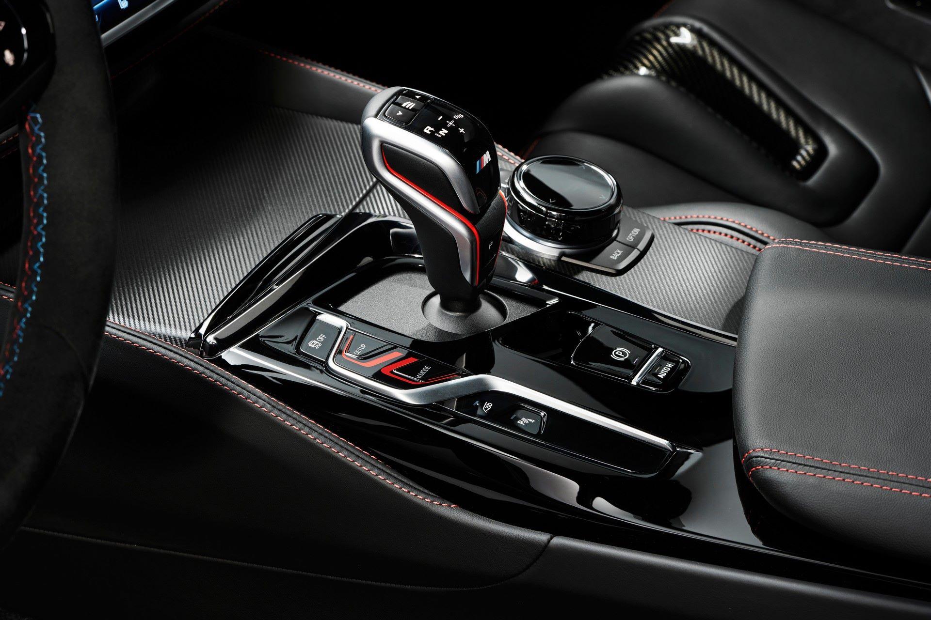 2022-BMW-M5-CS-119
