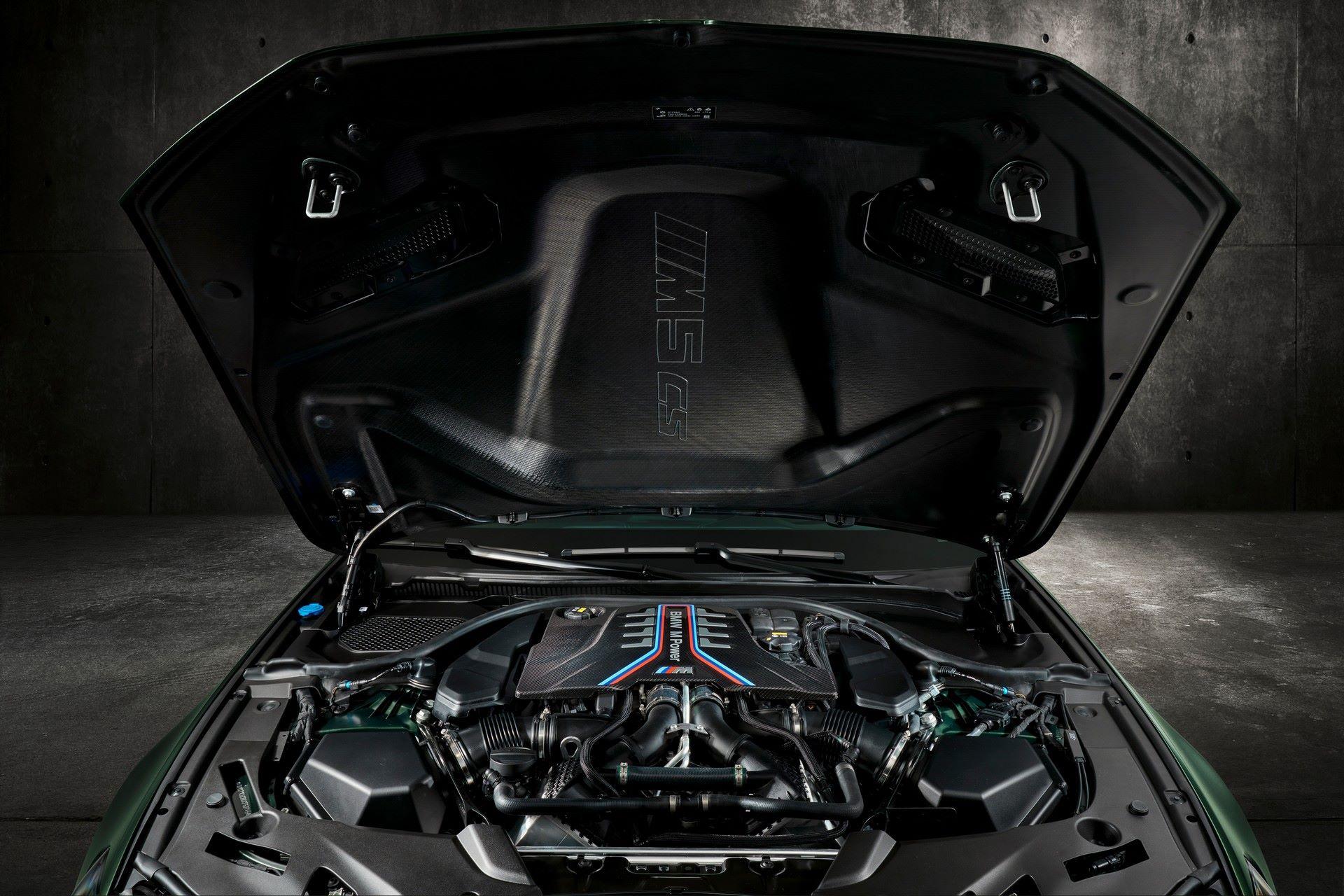 2022-BMW-M5-CS-127