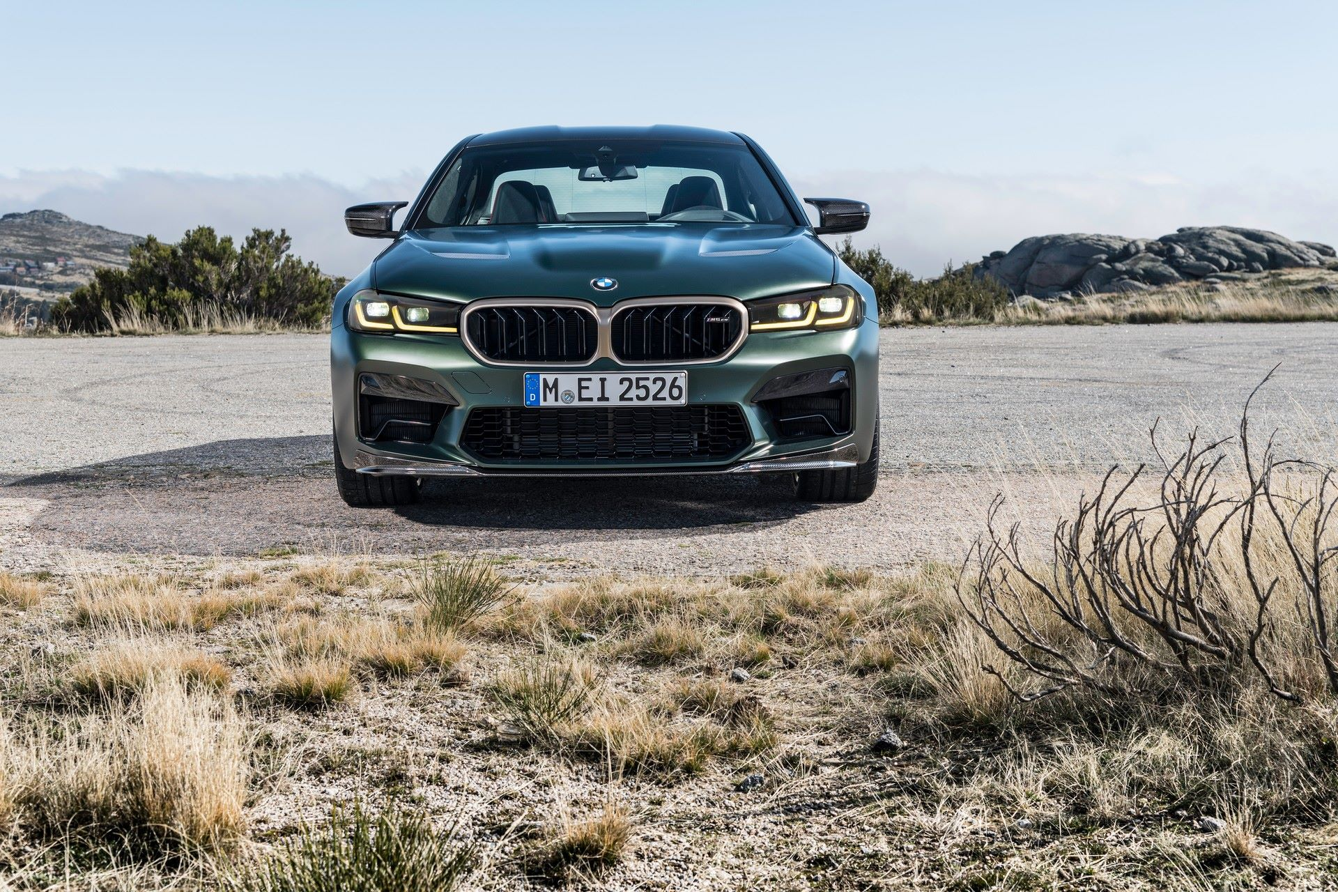 2022-BMW-M5-CS-36