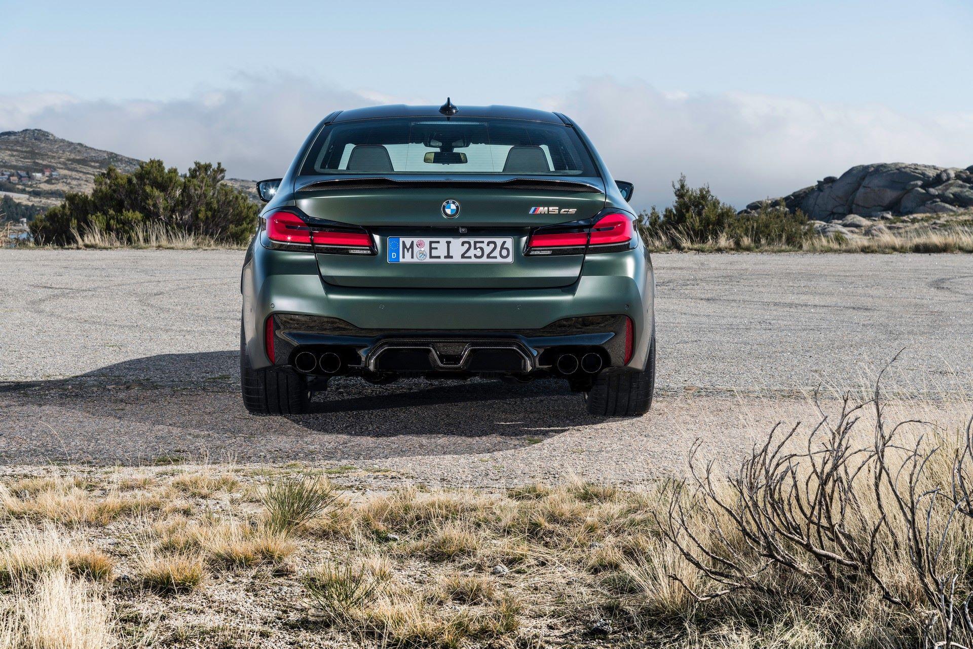 2022-BMW-M5-CS-46