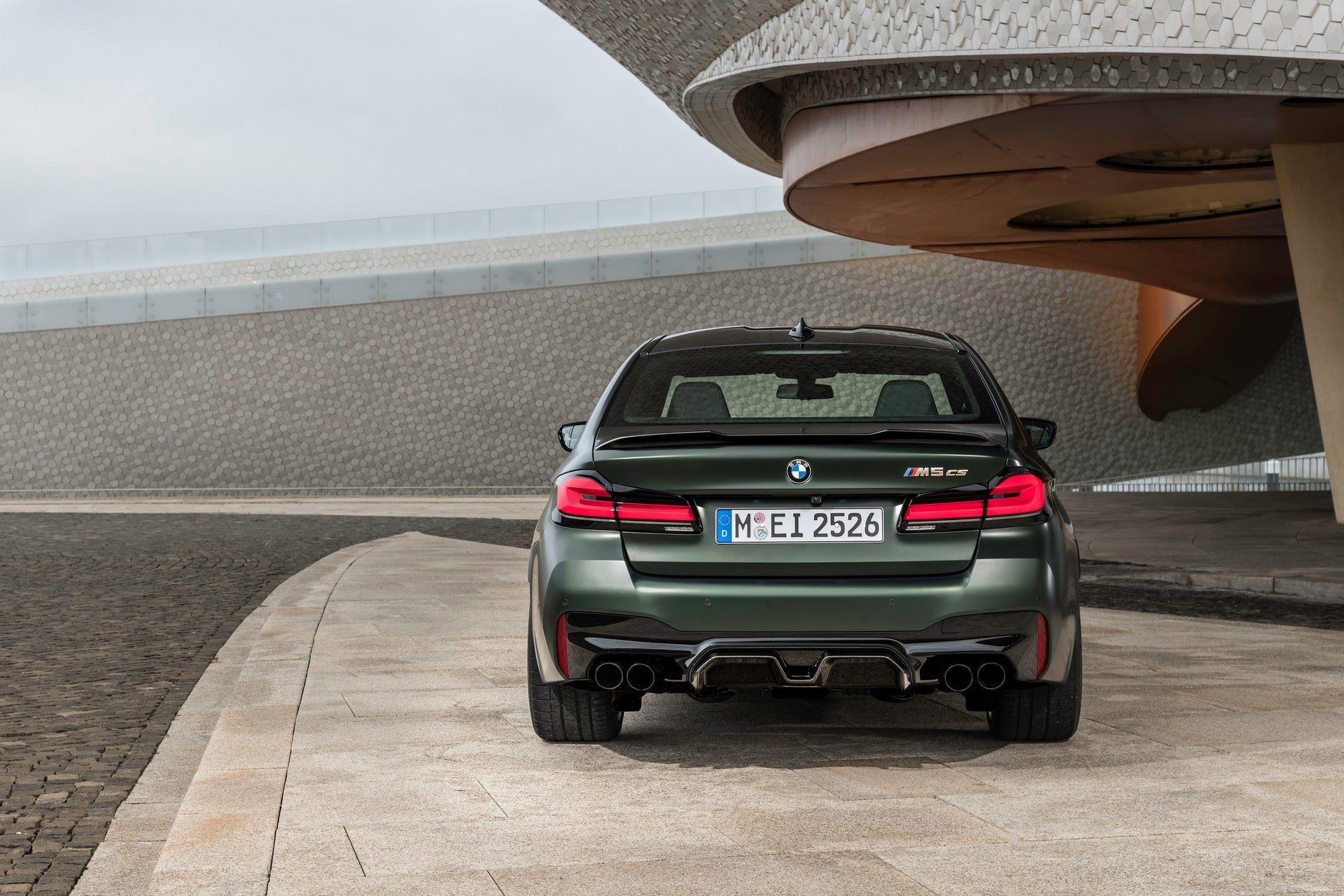 2022-BMW-M5-CS-64
