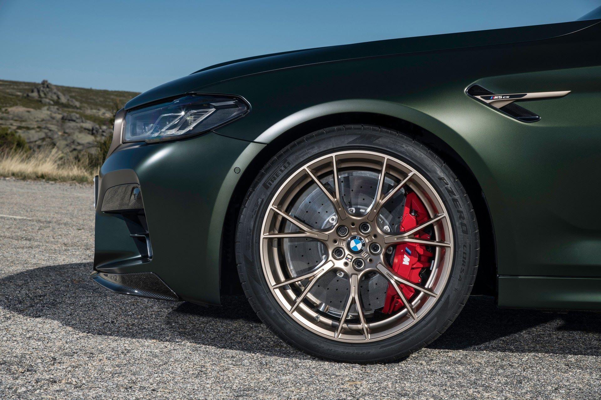2022-BMW-M5-CS-68