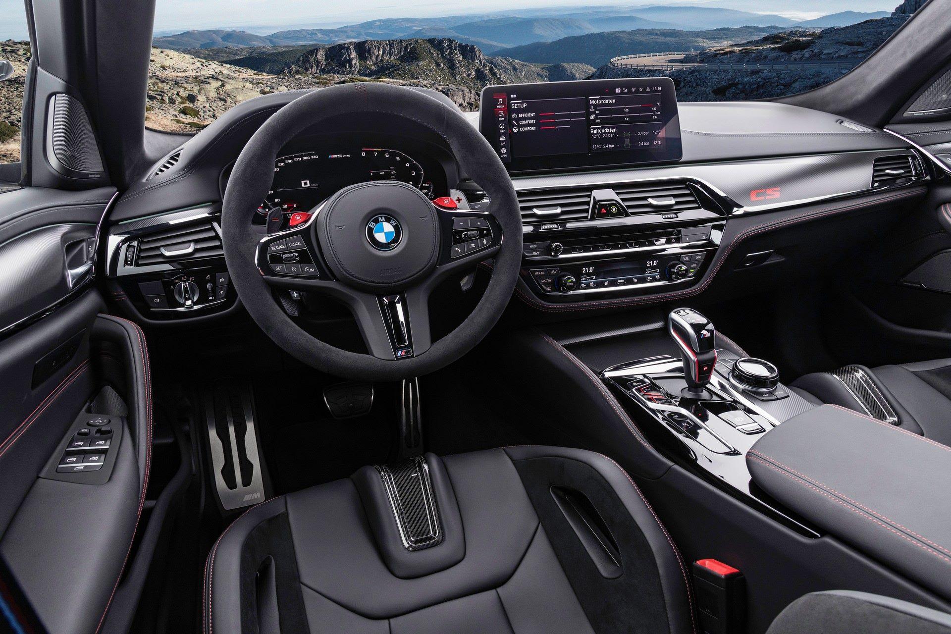 2022-BMW-M5-CS-81