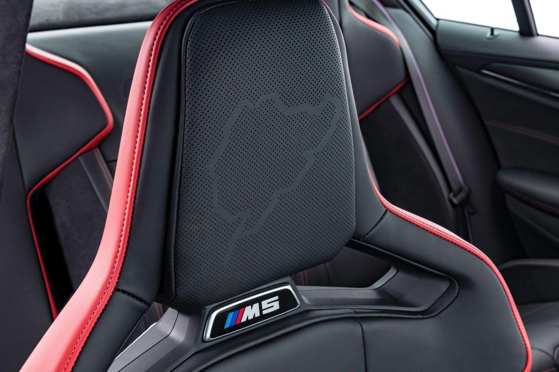 2022-BMW-M5-CS-89